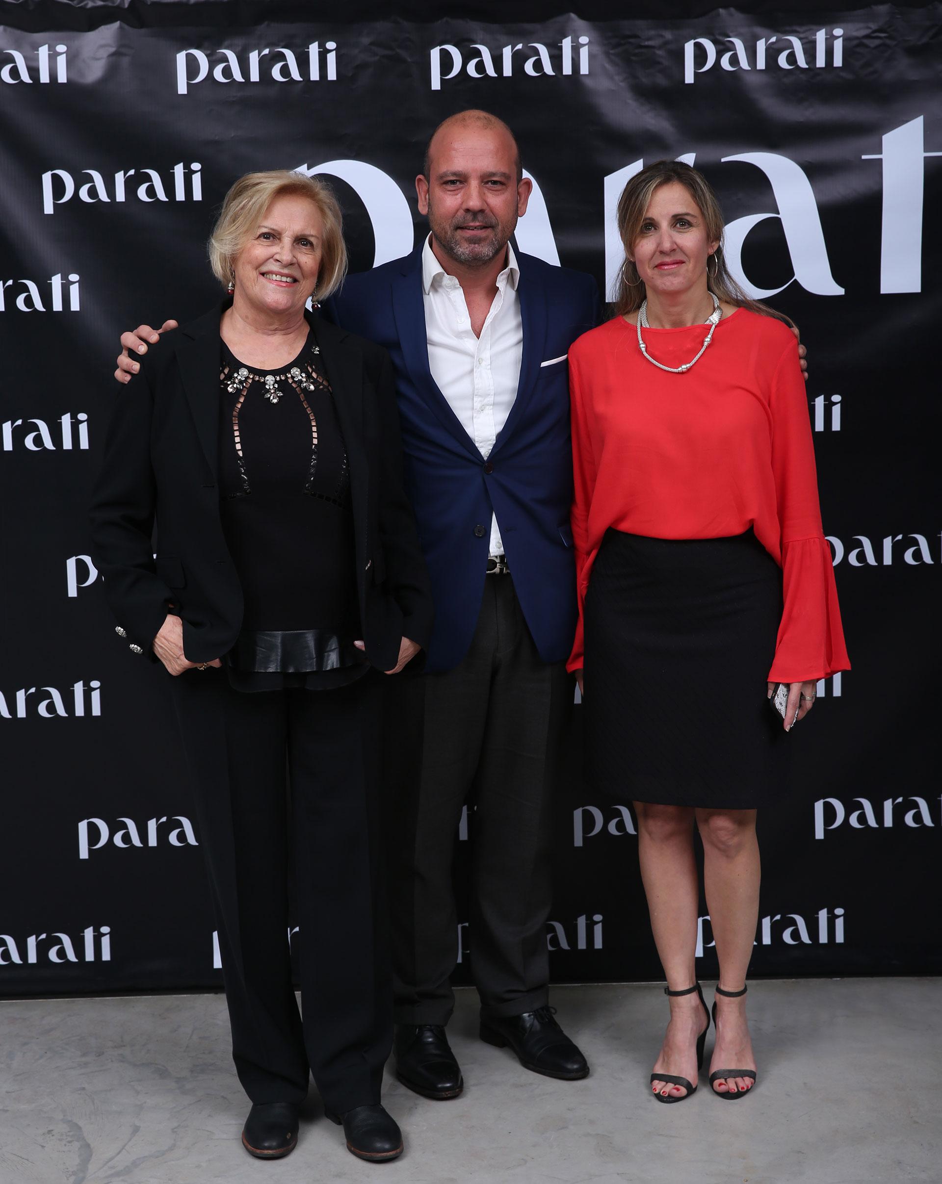 María Trinidad Pelazzo, directora de relaciones públicas, Adrián De Stefano, director comercial y Valeria Polacsek, gerente de Marketing de Editorial Atlántida.