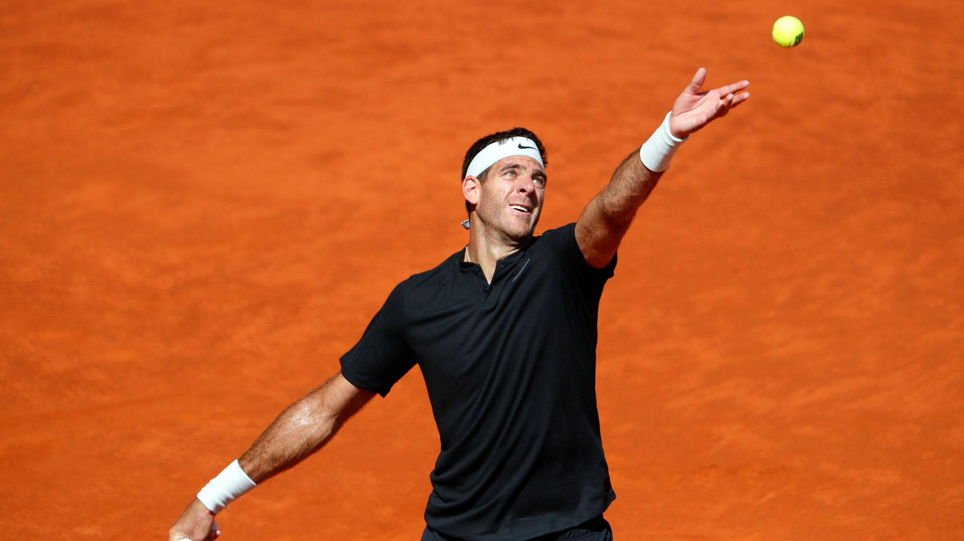 Delpo se presenta en el campeonato que se disputa en la arcilla italiana (Reuters/Paul Hanna)