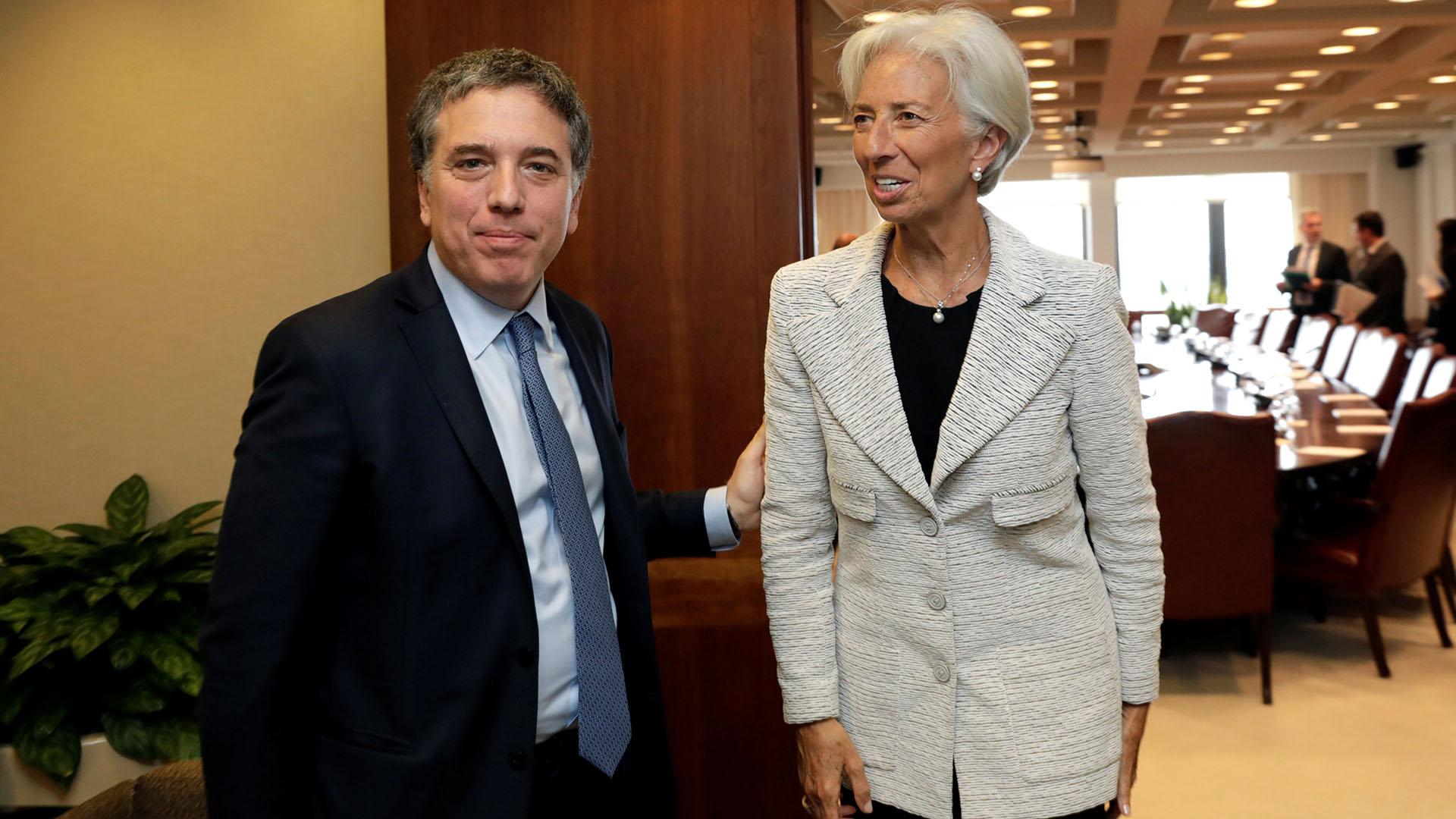 Nicolás Dujovne y Christine Lagarde (Reuters)