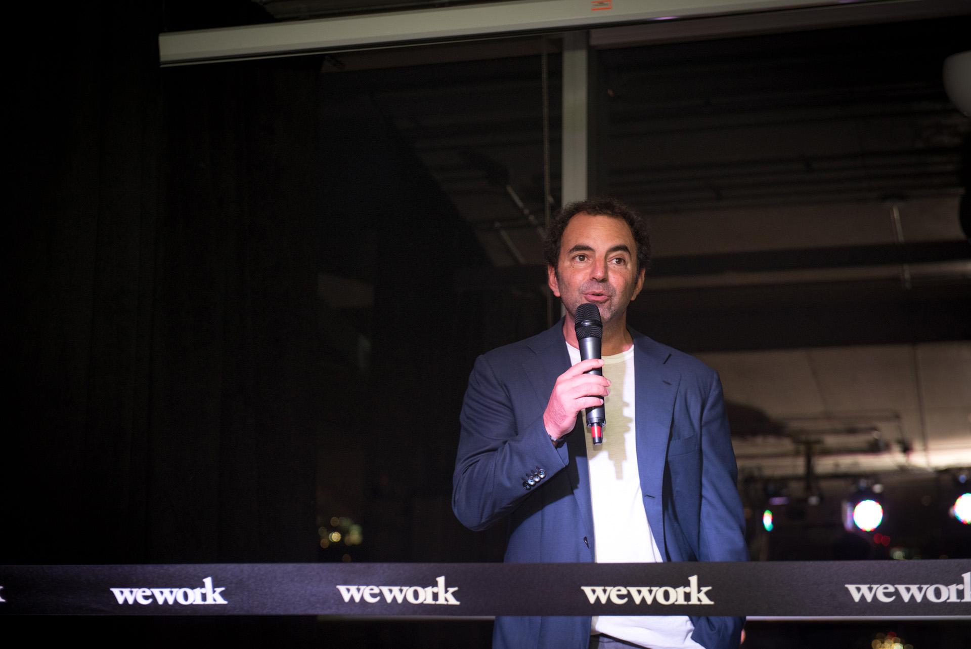 Patricio Fuks, CEO de WeWork para Latinoamérica -una compañía que redefinió el concepto del trabajo en todo el mundo- durante la inauguración de su nuevo edificio en Vicente López, el mismo mes de su primer aniversario en la Argentina