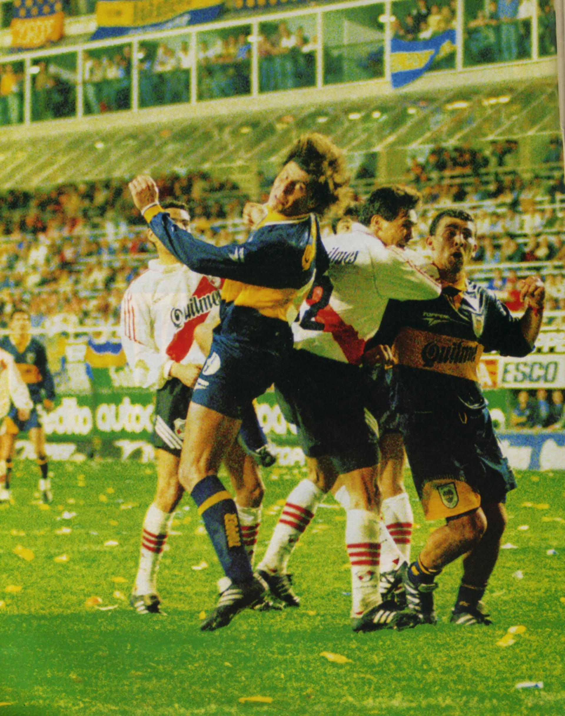 """Hugo Romeo Guerra, con su """"nucazo"""" marcó el 3 a 2 en el Boca-River del Apertura 1996"""