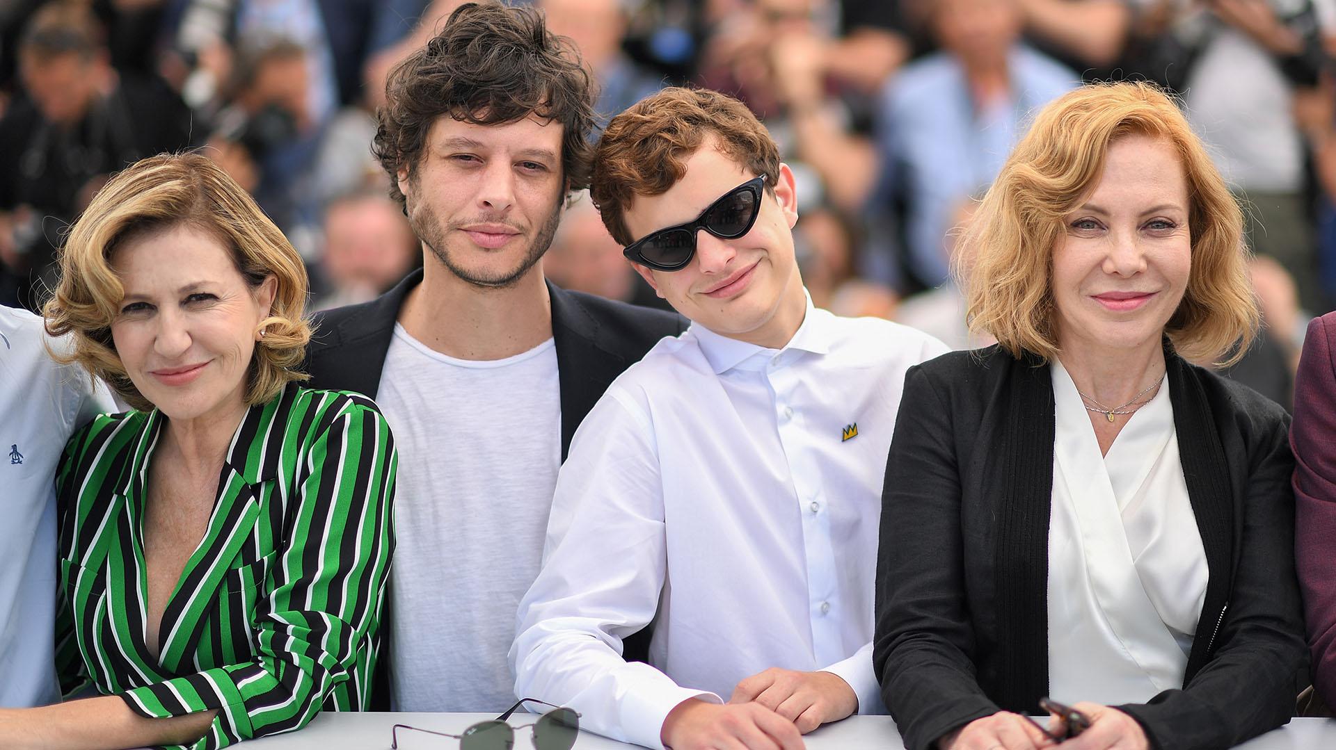 """Mercedes Morán, Luis Ortega, Lorenzo Ferro y Cecilia Roth en Cannes, antes de la proyección de """"El Ángel"""""""
