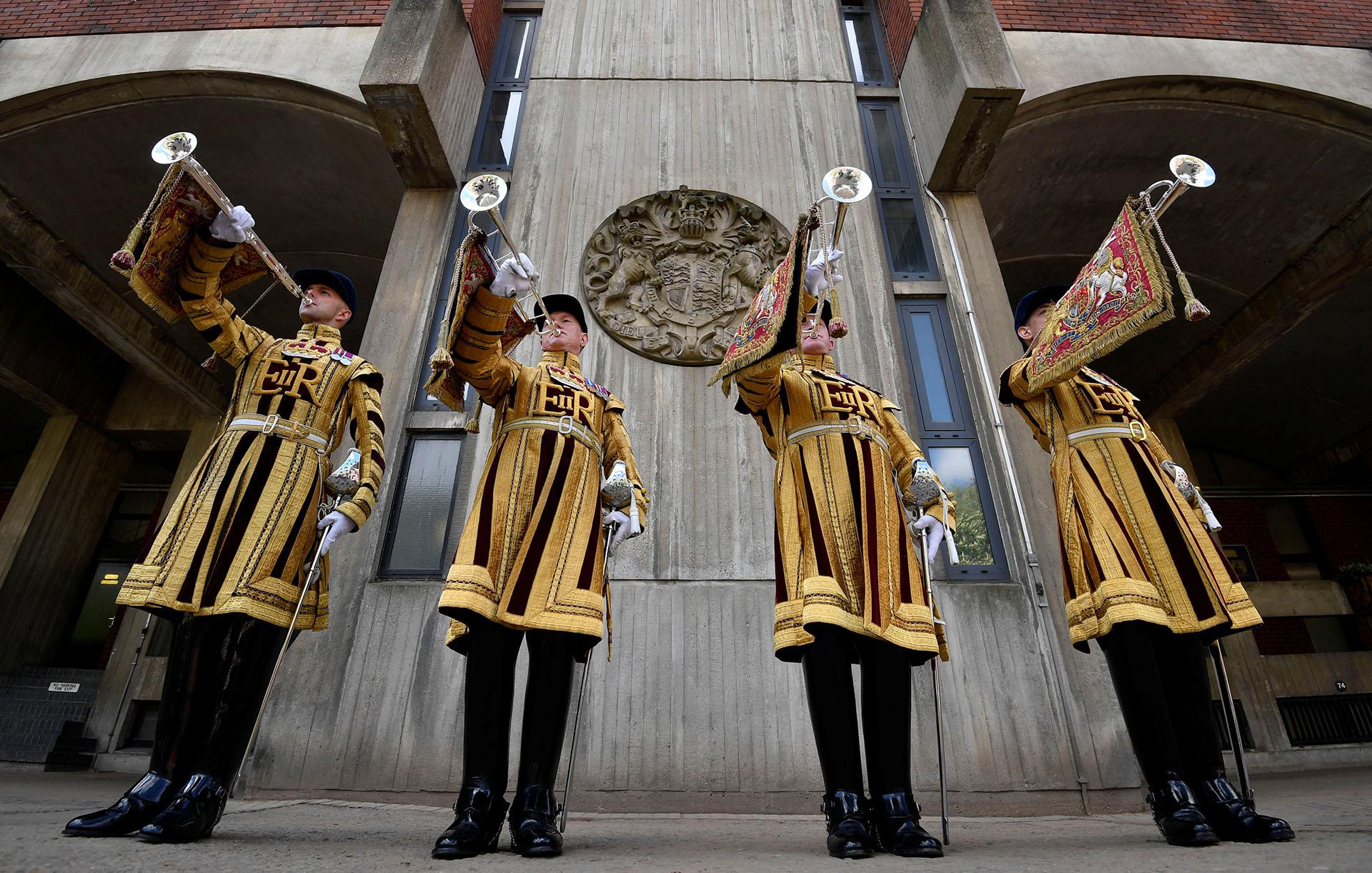 Los trompetistas miembros del Household Cavalry que oficiarán durante el evento