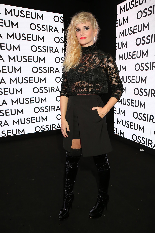 Griselda Siciliani estuvo entre las celebridades y los personajes del mundo de la moda que acompañaron a Ossira durante toda su trayectoria. En el evento, los invitados pudieron recorrer un museo interactivo de la historia marca
