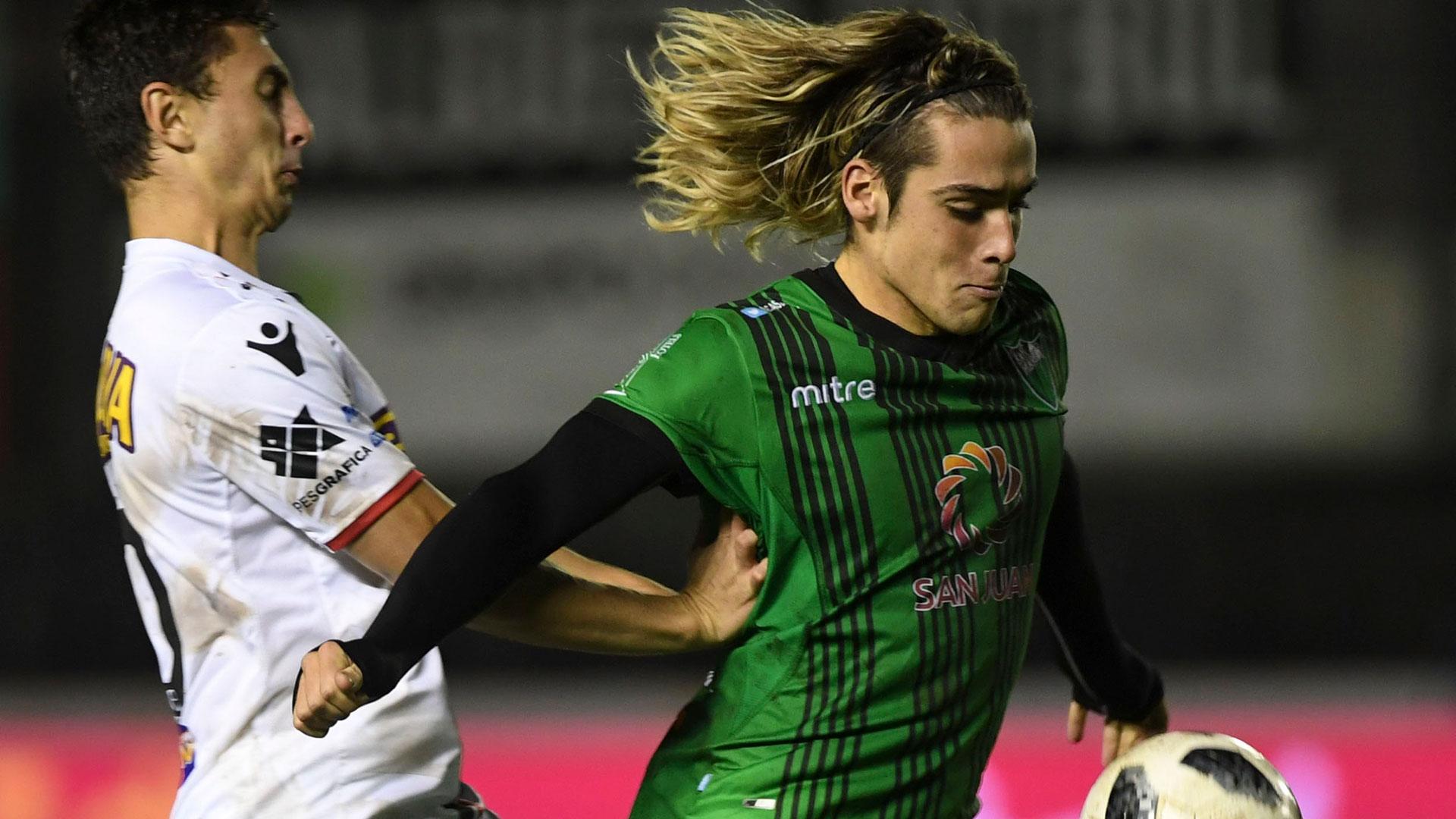 San Martín despidió a Chacarita de Primera División con una goleada