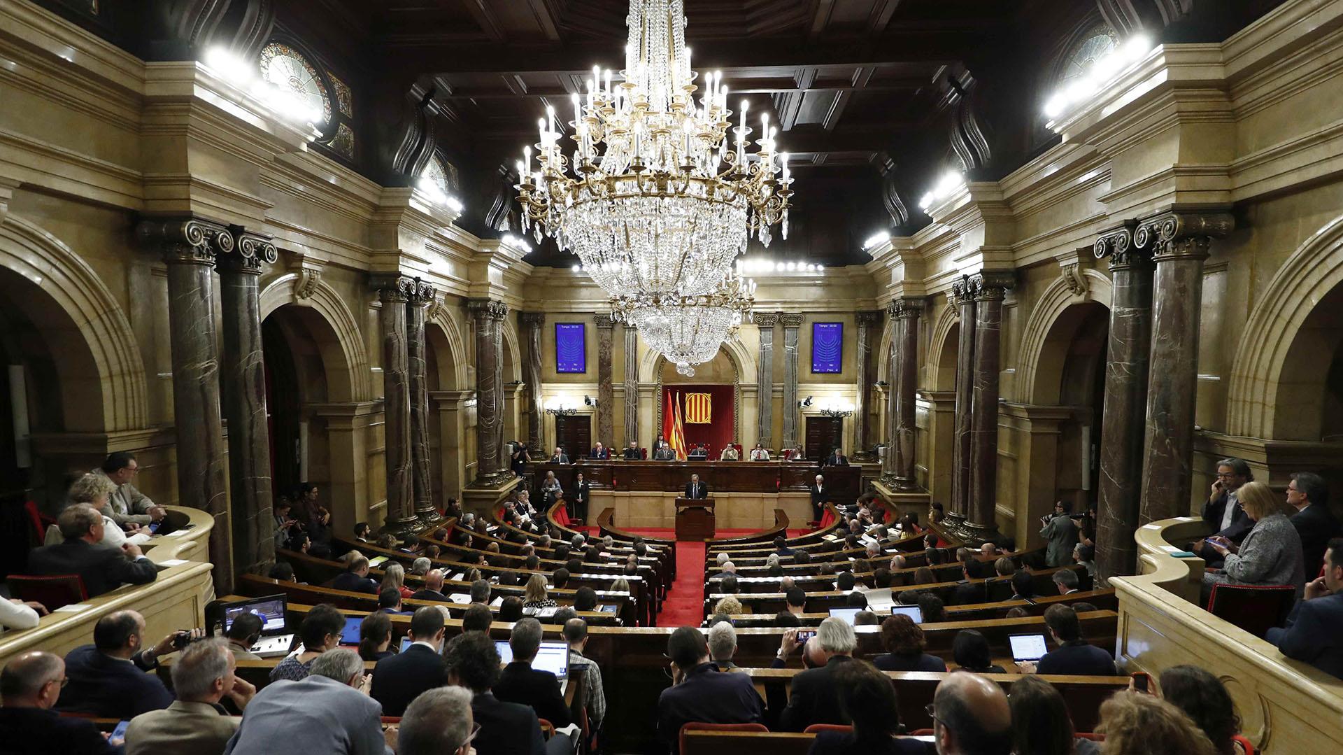 El Parlamento catalán debe elegir al nuevo presidente regional (Reuters)