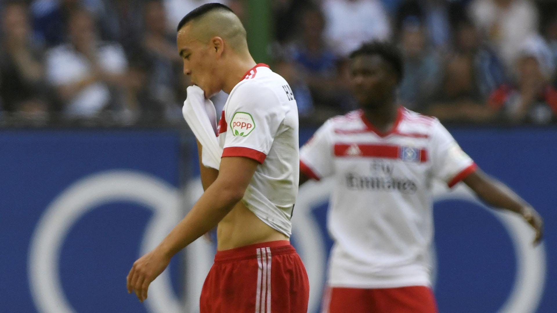 Los jugadores del Hamburgo, tristes por perder la categoría en la Bundesliga (Reuters)