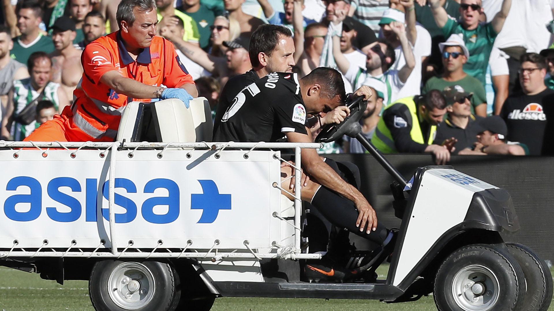 Mercado sufrió una lesión en el clásico entre Sevilla y Betis (Foto: EFE)