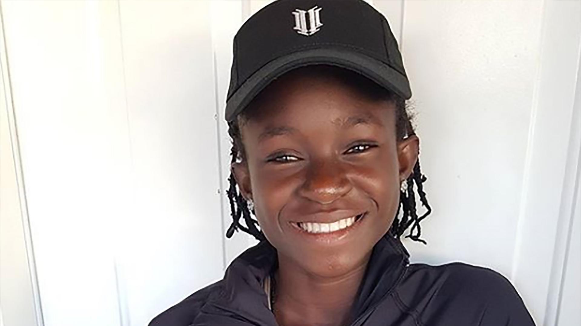 """La pequeña de 13 años es la """"Serena Nigeriana"""""""