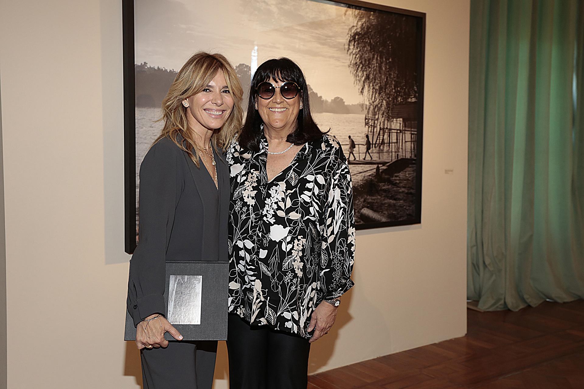 Grace Ratto y Monica Ceruti, directora de la escuela La Concepción