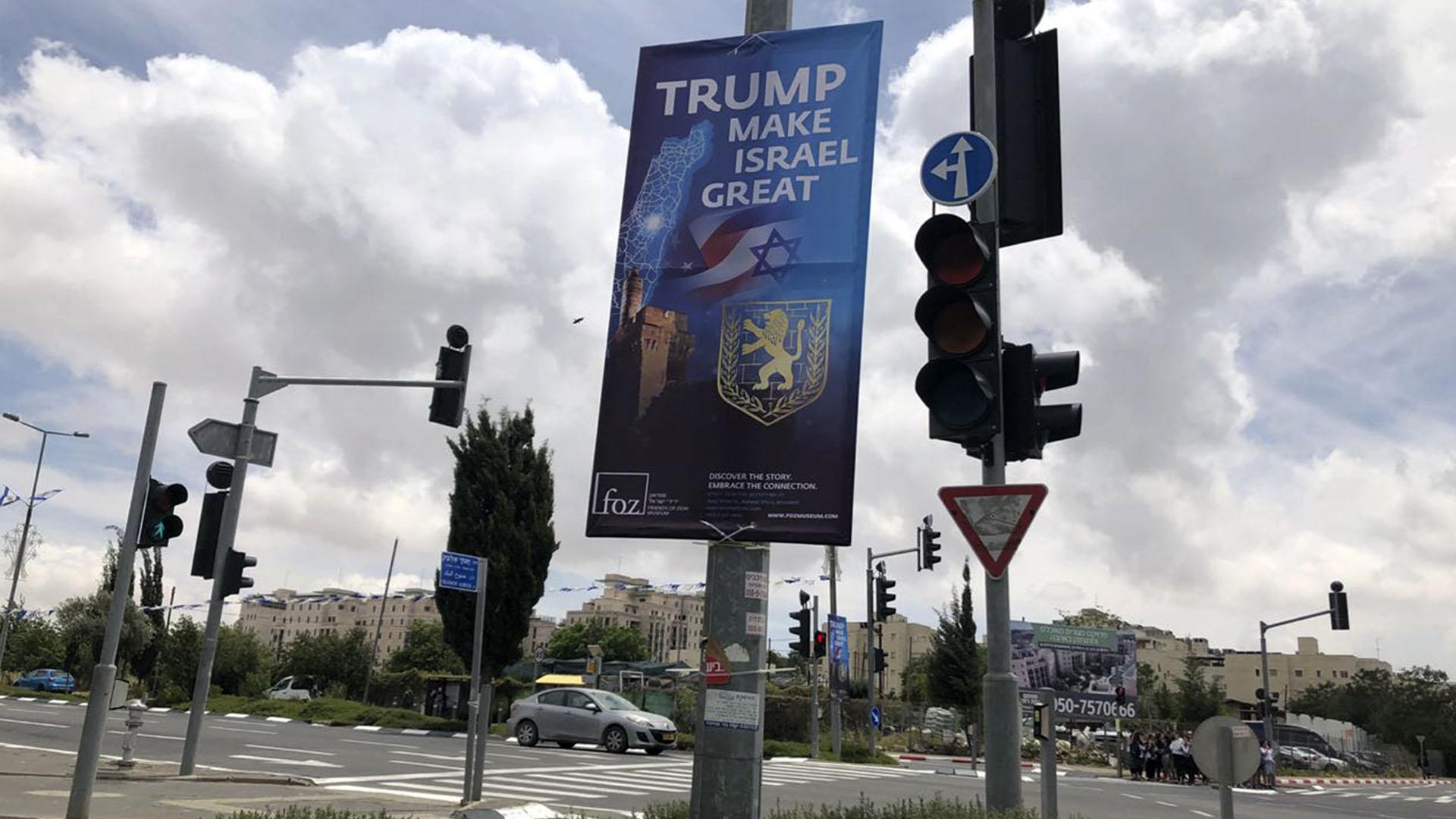 La ciudad de Jerusalén está empapelada de carteles que agradecen a Trump su decisión