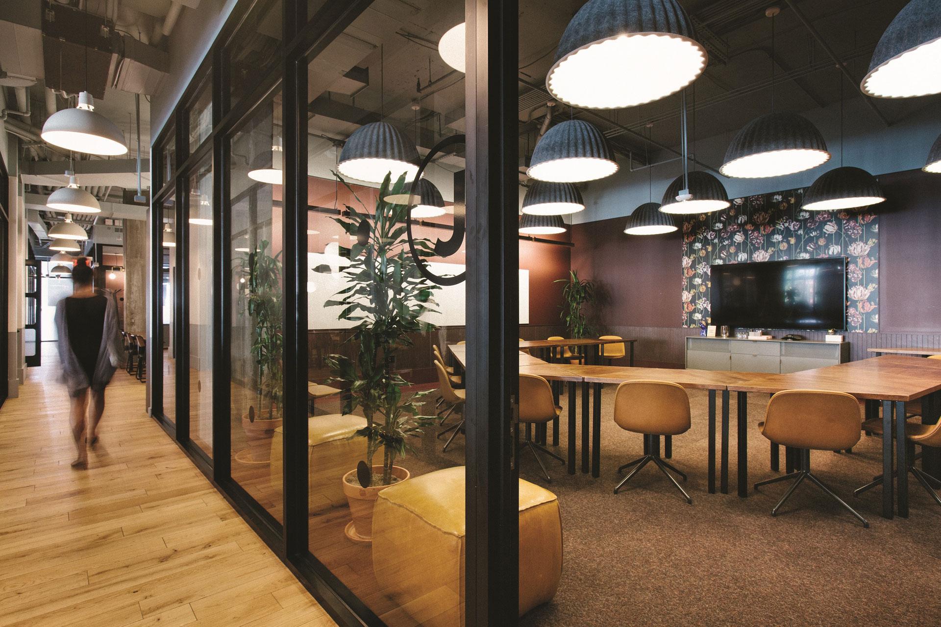 En Argentina, WeWork próximamente sumará a su plan de expansión dos nuevos edificios: Ing. Enrique Butty 275 (conocido como Torre IBM), en el barrio de Retiro, y Andres Arguibel 2860, en lo que será el primer desembarco en la zona de Palermo