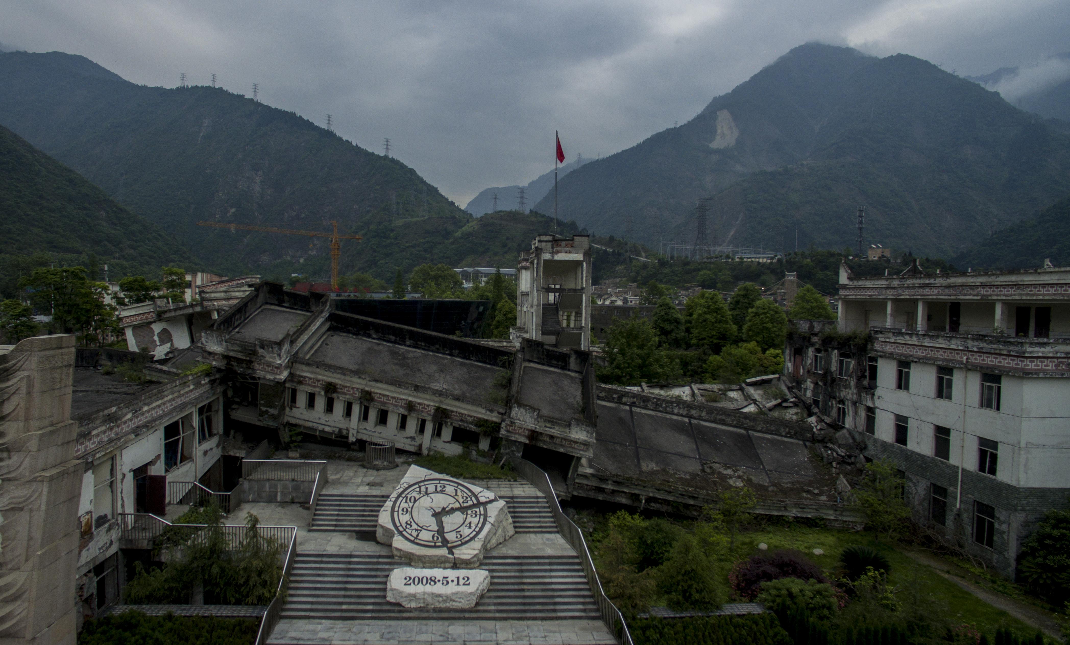 La destruida escuela Xuankou, hoy convertida en un memorial del sismo (AFP / Johannes EISELE)