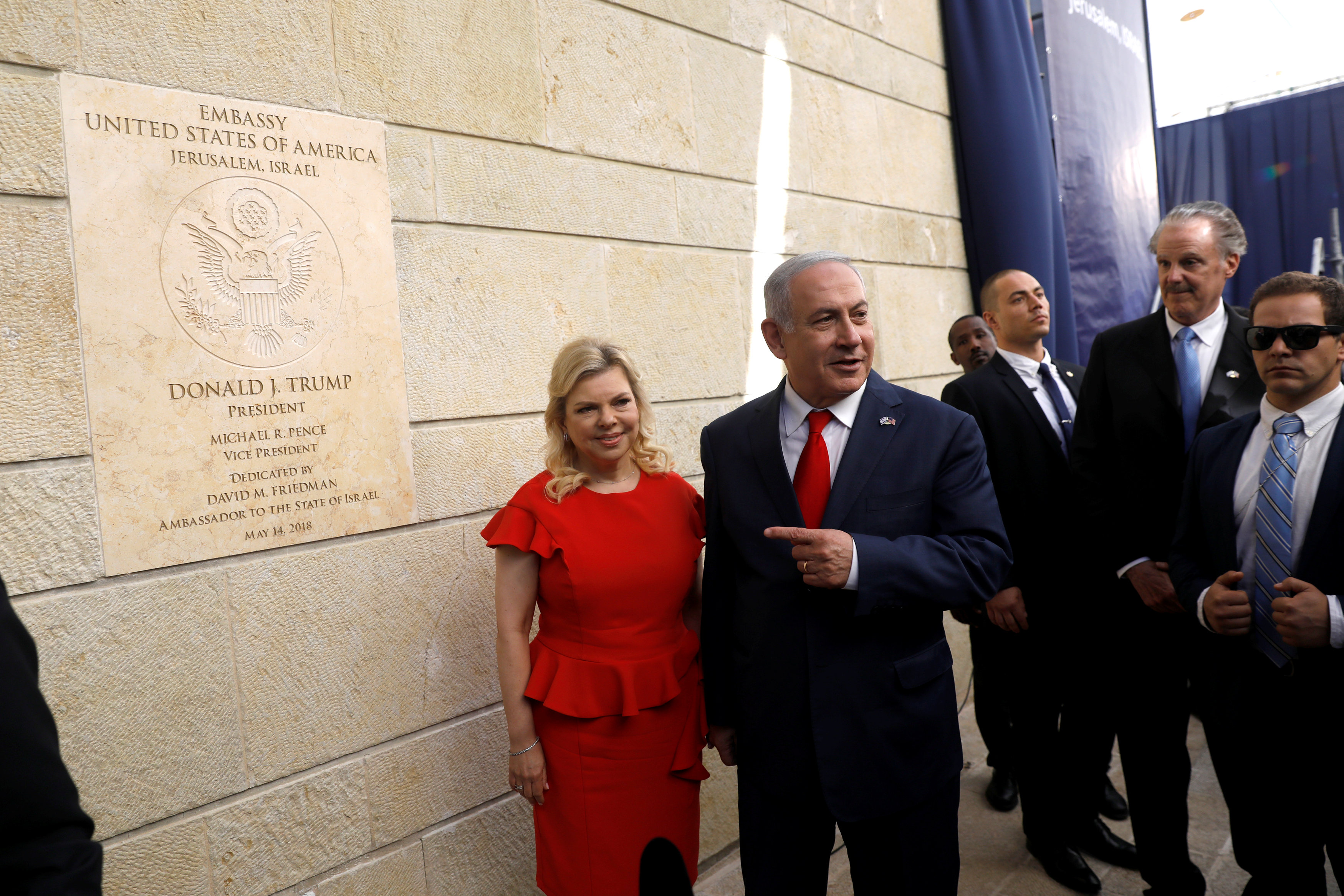 El primer ministro israelí Benjamin Netanyahu y su esposa, Sara(Reuters)