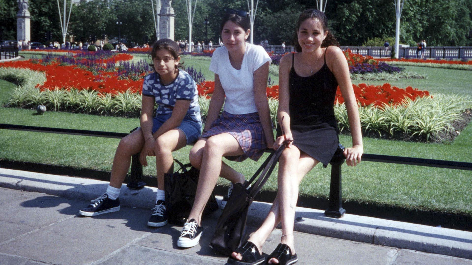 Amigas inseparables: Michelle Priddy y Ninaki Priddy junto con Meghan Markle