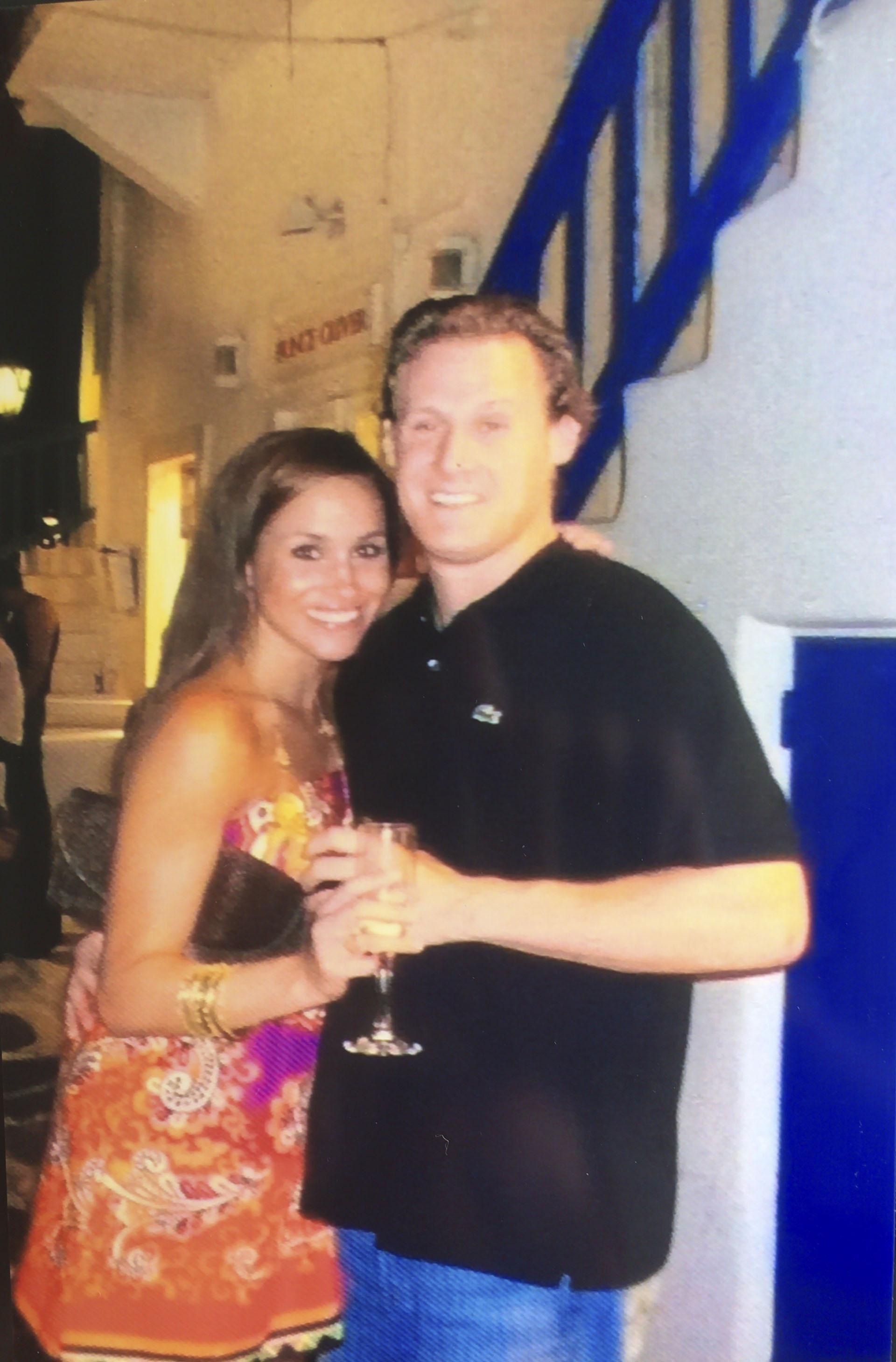 En septiembre de 2011, se casó con el productor de cine Trevor Engelson, después de una relación de siete años, pero la pareja se divorció dos años después