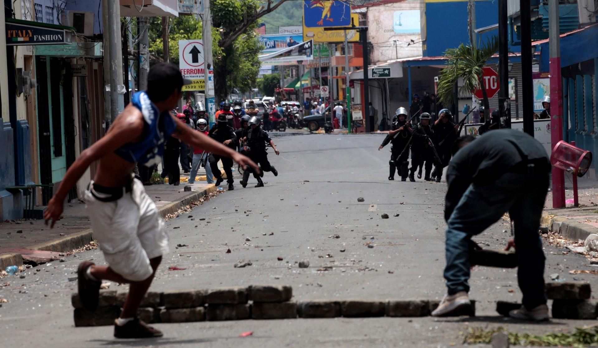 Al menos 63 manifestantes en contra de la reforma del sistema de seguridad social han muerto en la brutal represión del gobierno (Reuters)