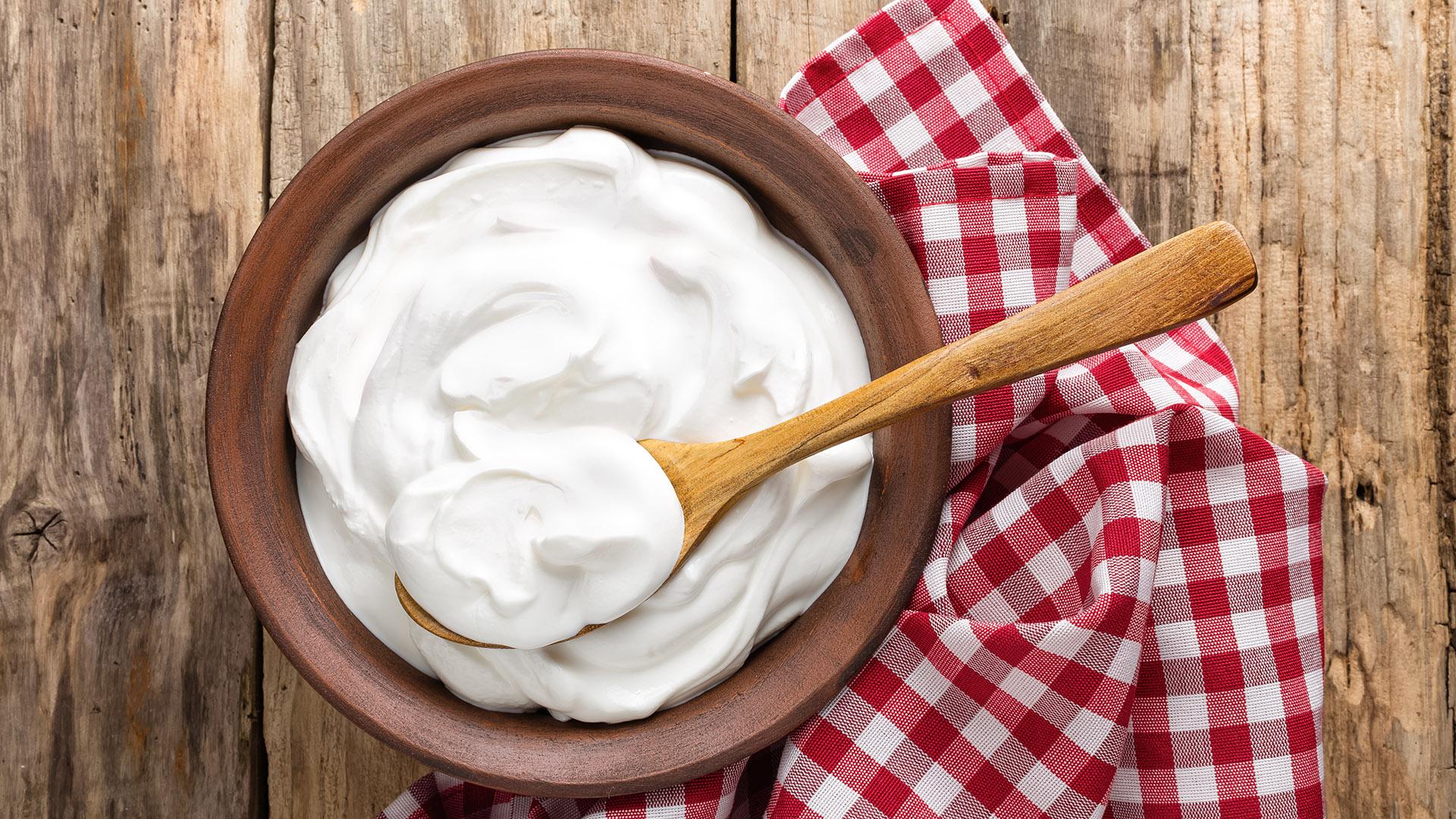 El yogurt es uno de los alimentos más conocidos como vehículo de probióticos (Getty)