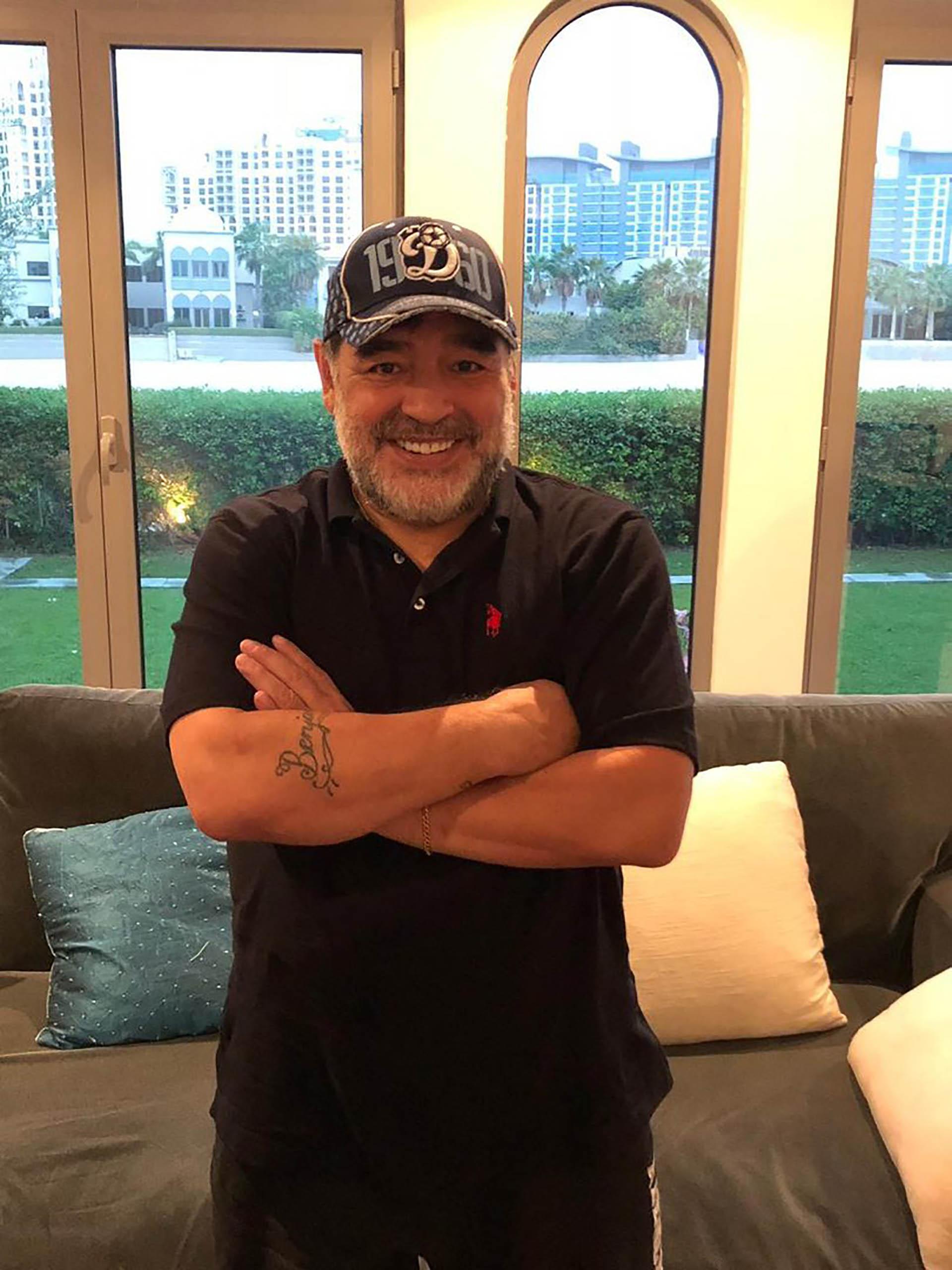 Maradona tendrá el poder absoluto en materia deportiva: será presidente, director deportivo (manager) y elegirá a los refuerzos (Twitter: @dynamobrest)