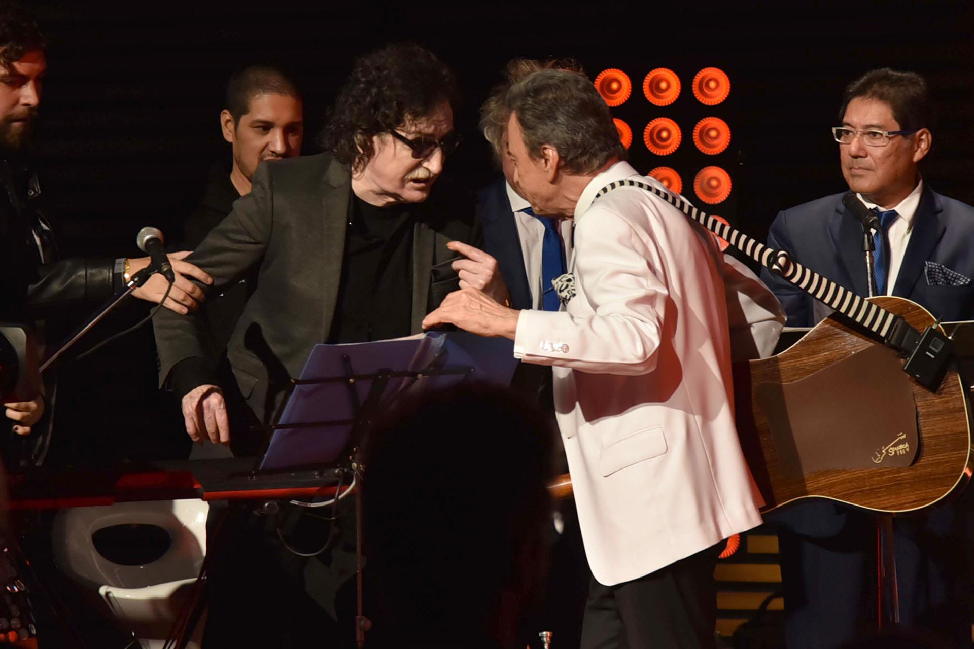 Charly García y Palito sobre el escenario