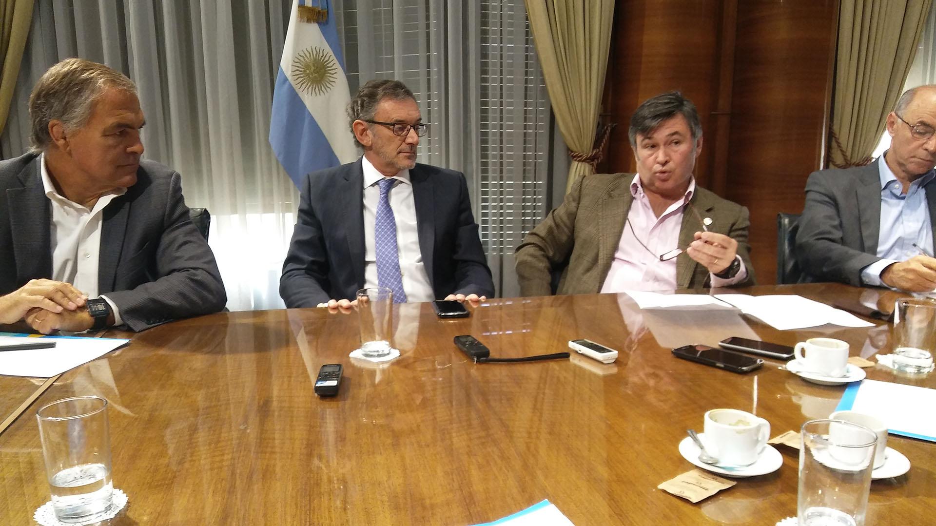 Los empresarios Daniel Aguirre, Claudio Cesareo, Daniel Pelegrina y Juan Chediak