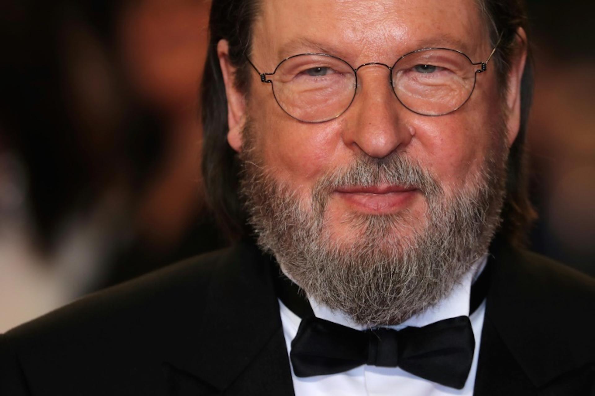 """El director danés Lars Von Trier, al llegar a la proyección de """"The House that Jack Built"""" en la 71 edición del Festival de Cannes el 14 de mayo de 2018 (AFP – Valery HACHE)"""