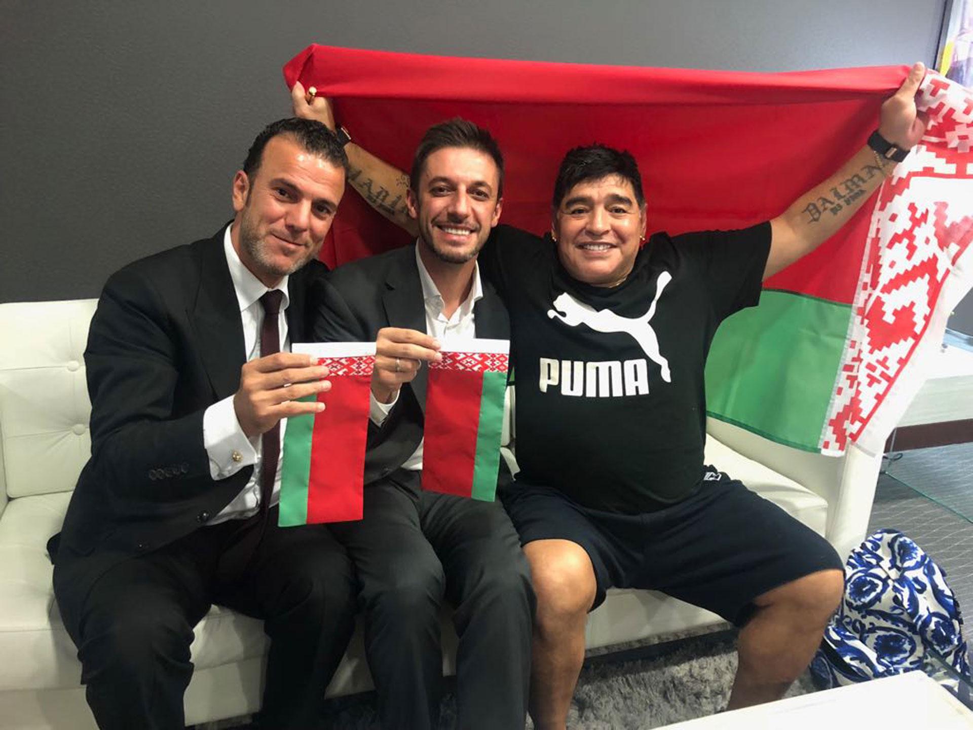 Diego, Matías Morla y un representante del Dynamo Brest