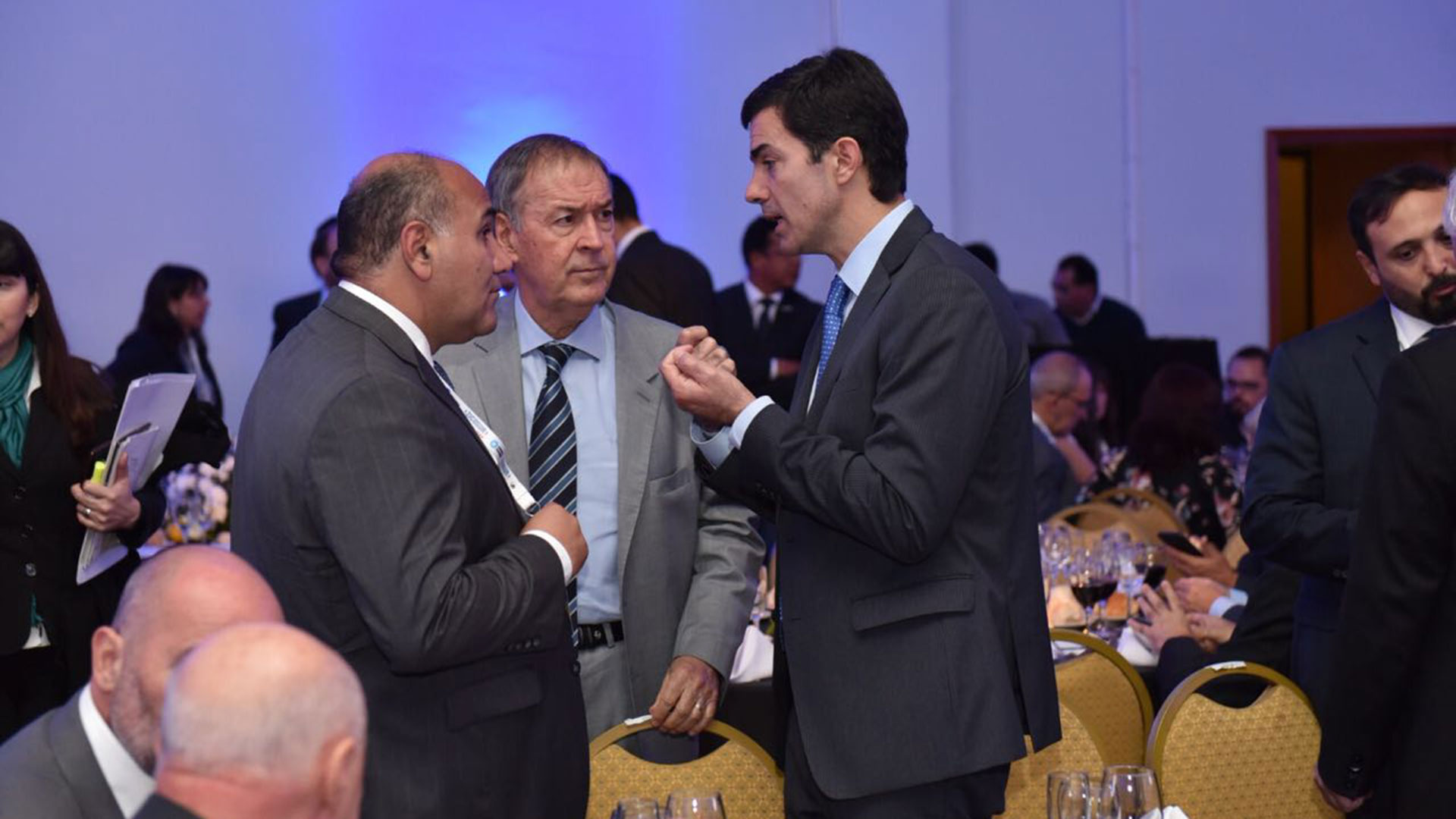 Juan Manzur, Juan Schiaretti y Juan Manuel Urtubey durante la reunión