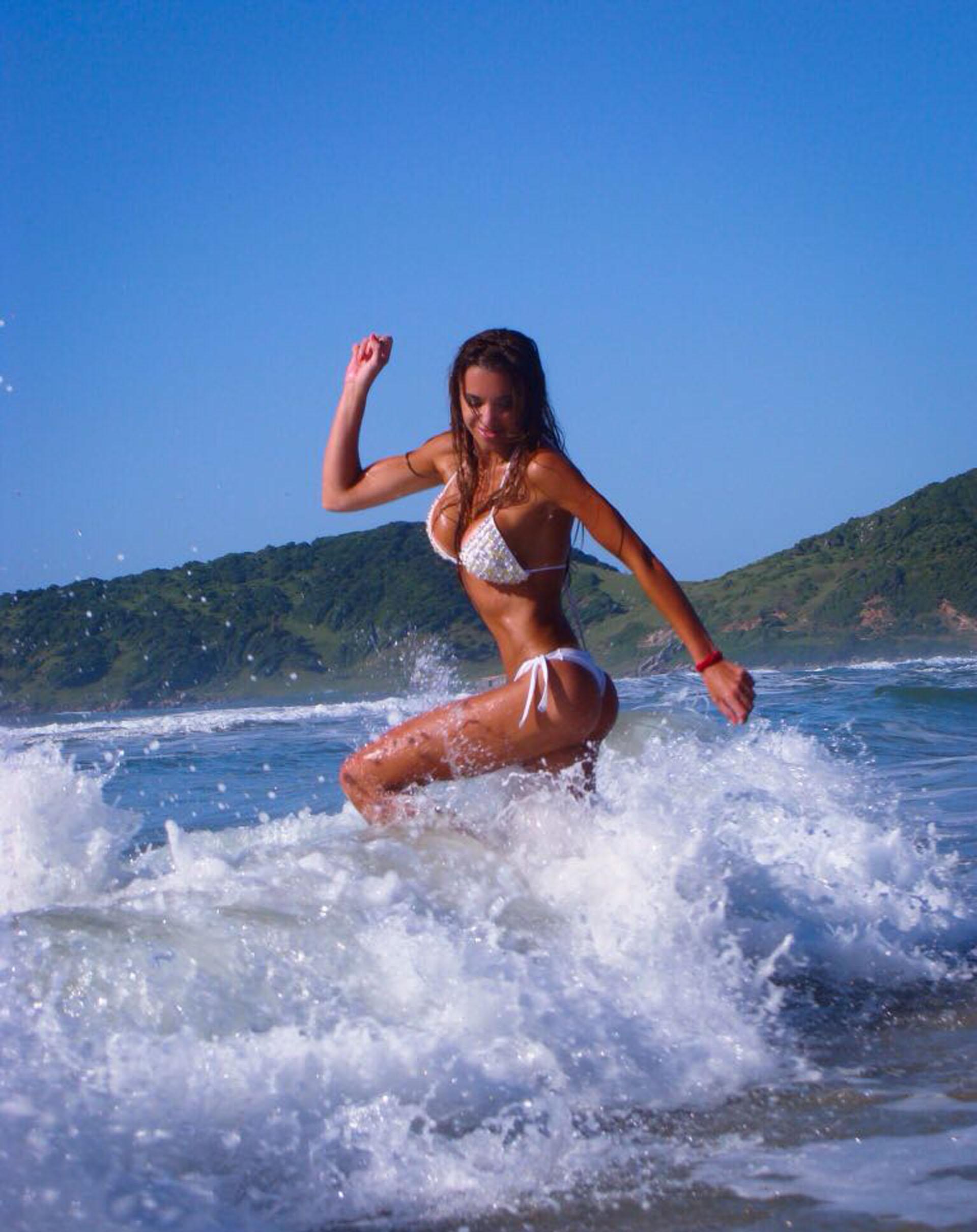 Durante sus vacaciones, la periodista disfrutó al cien por ciento los días de sol y playa