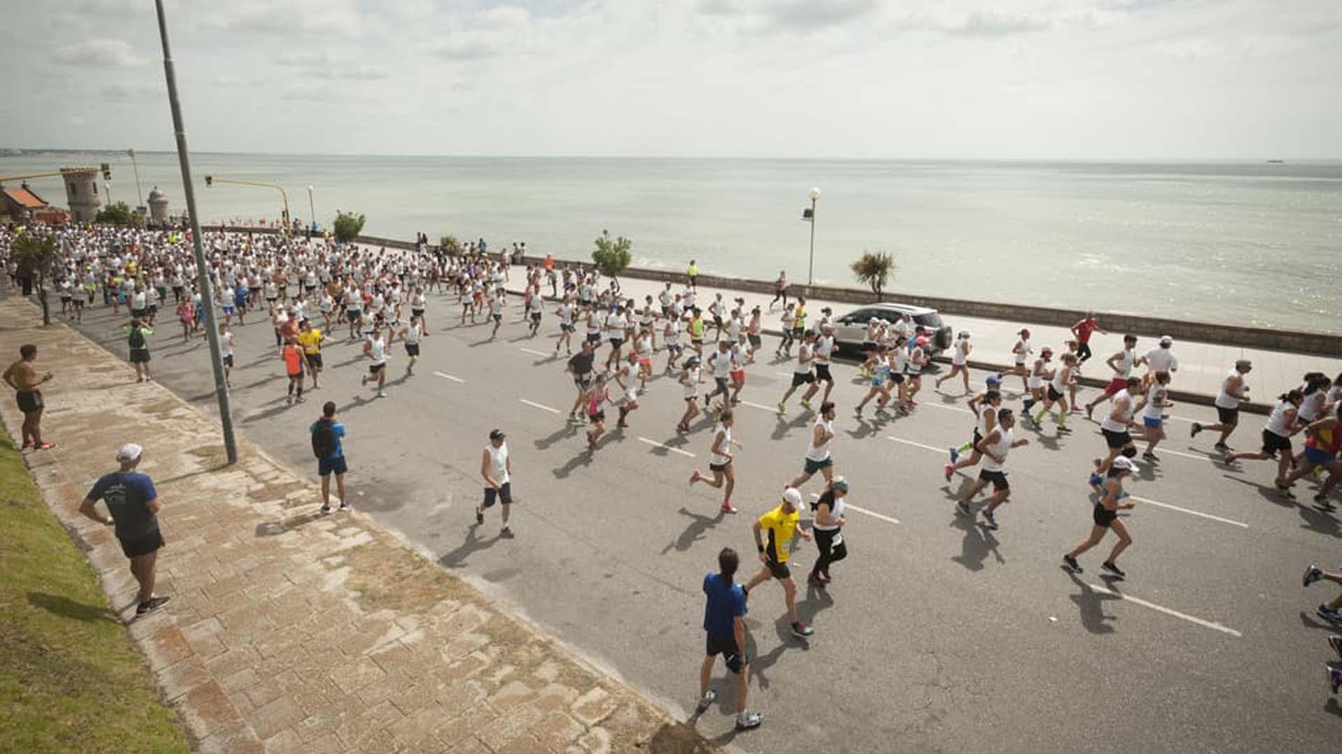 La norma impactaría en especial a los que practican running, ya que la mayoría elige esta disciplina para practicar en la costa