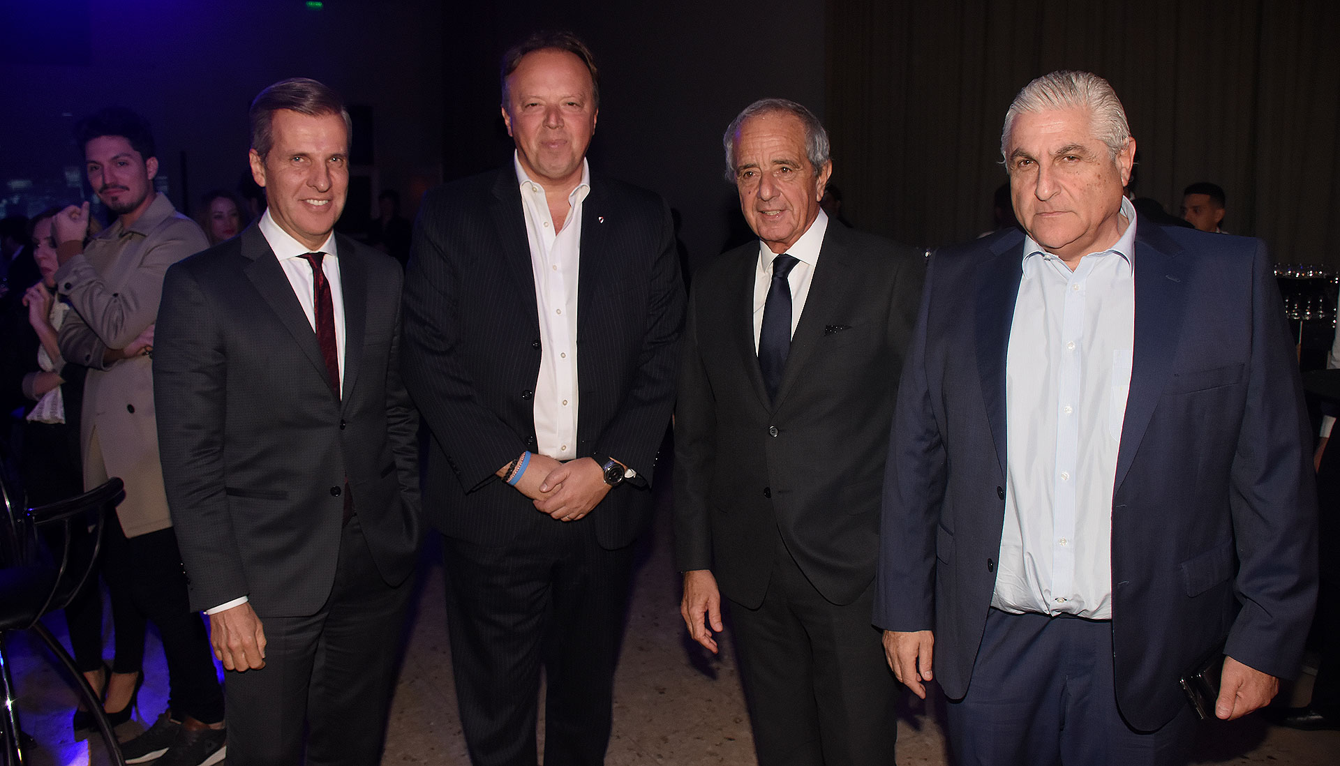 El ex presidente del Banco Central, Martín Redrado; el presidente del Banco de Valores, Juan Ignacio Nápoli; el presidente de River Plate, Rodolfo D'Onofrio, y Enrique Schuman