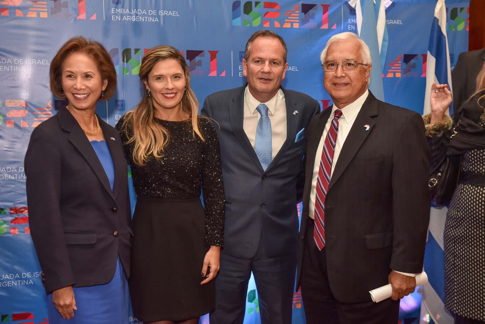 El embajador de israel junto a su par de Estados Unidos, Edward Prado