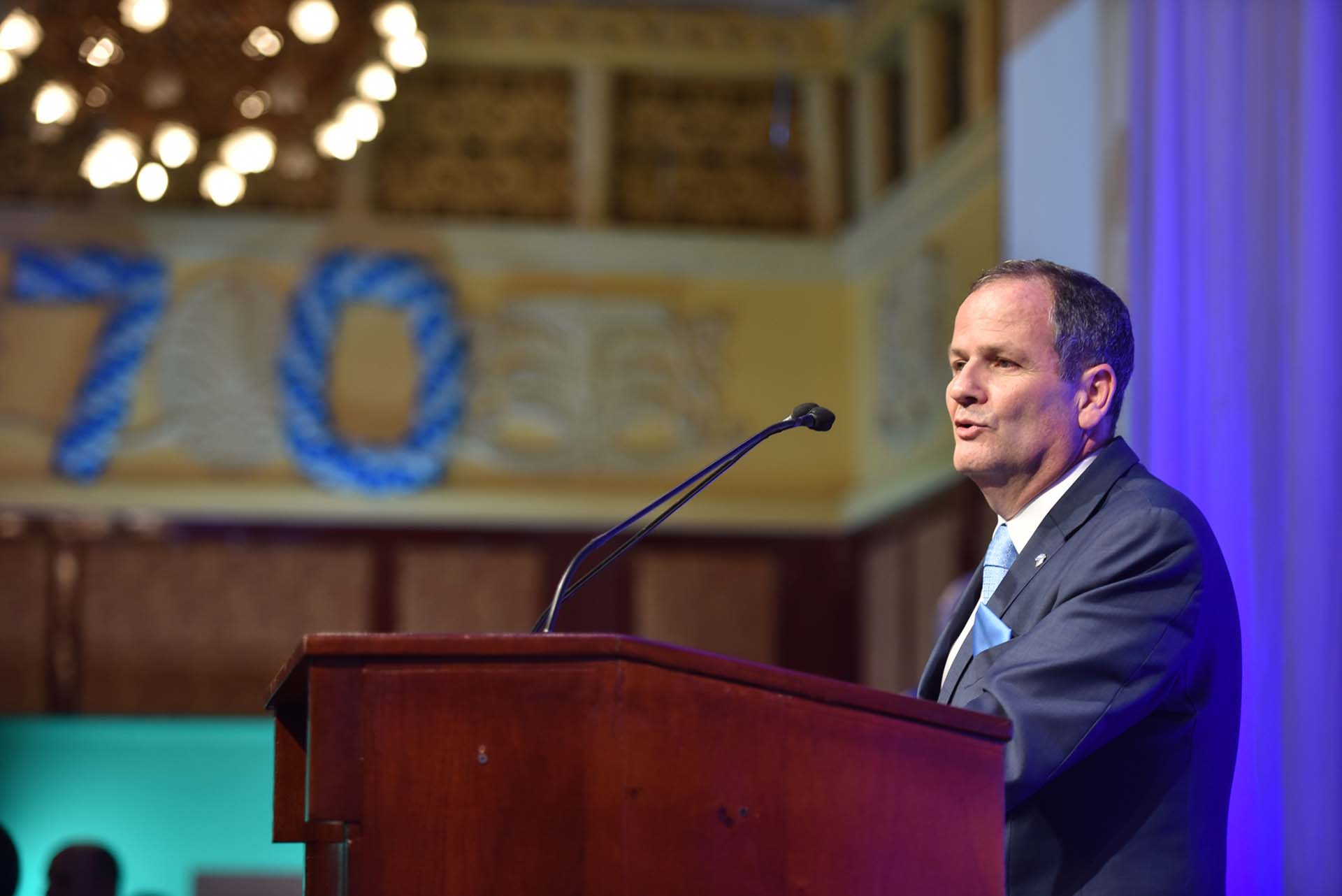 El embajador de Israel en Argentina, Ilan Sztulman, dio un emotivo discurso