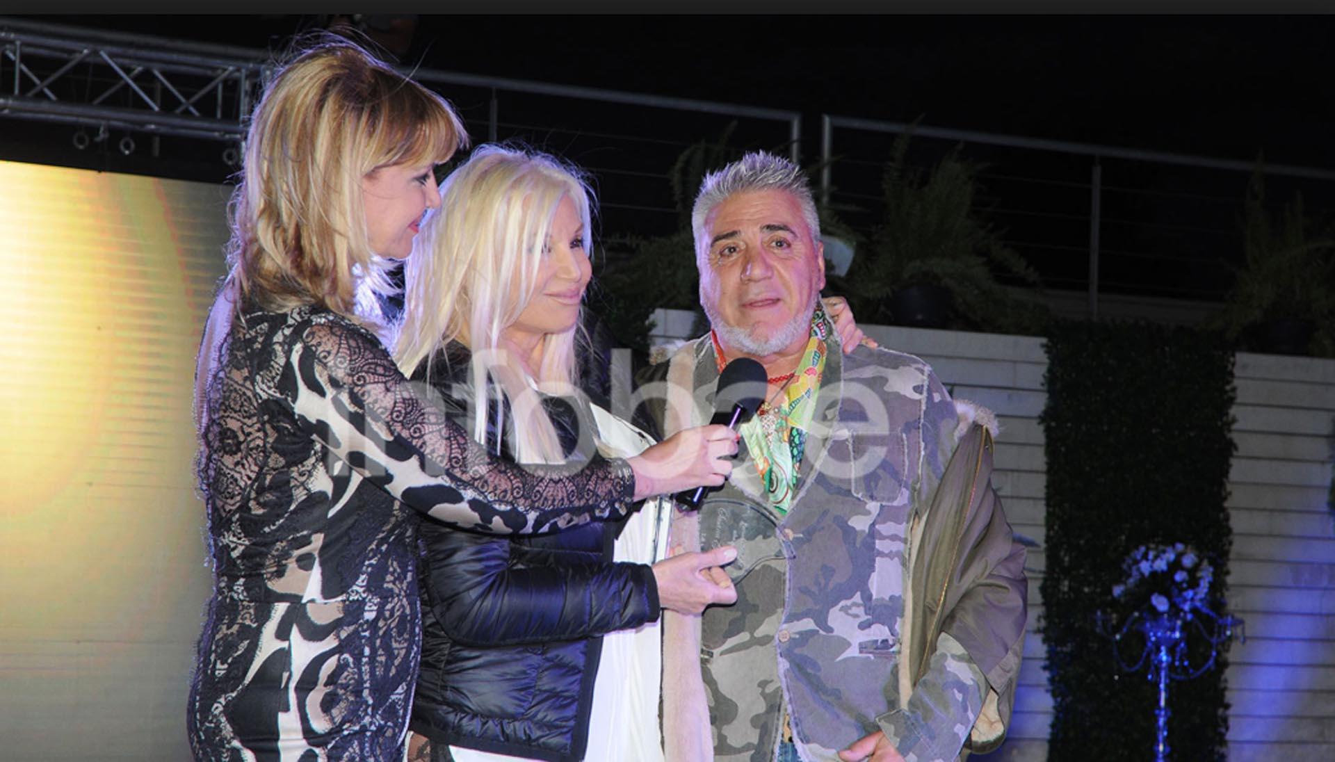 Carlo Di Domenico junto a Susana Giménez y Teté Coustarot