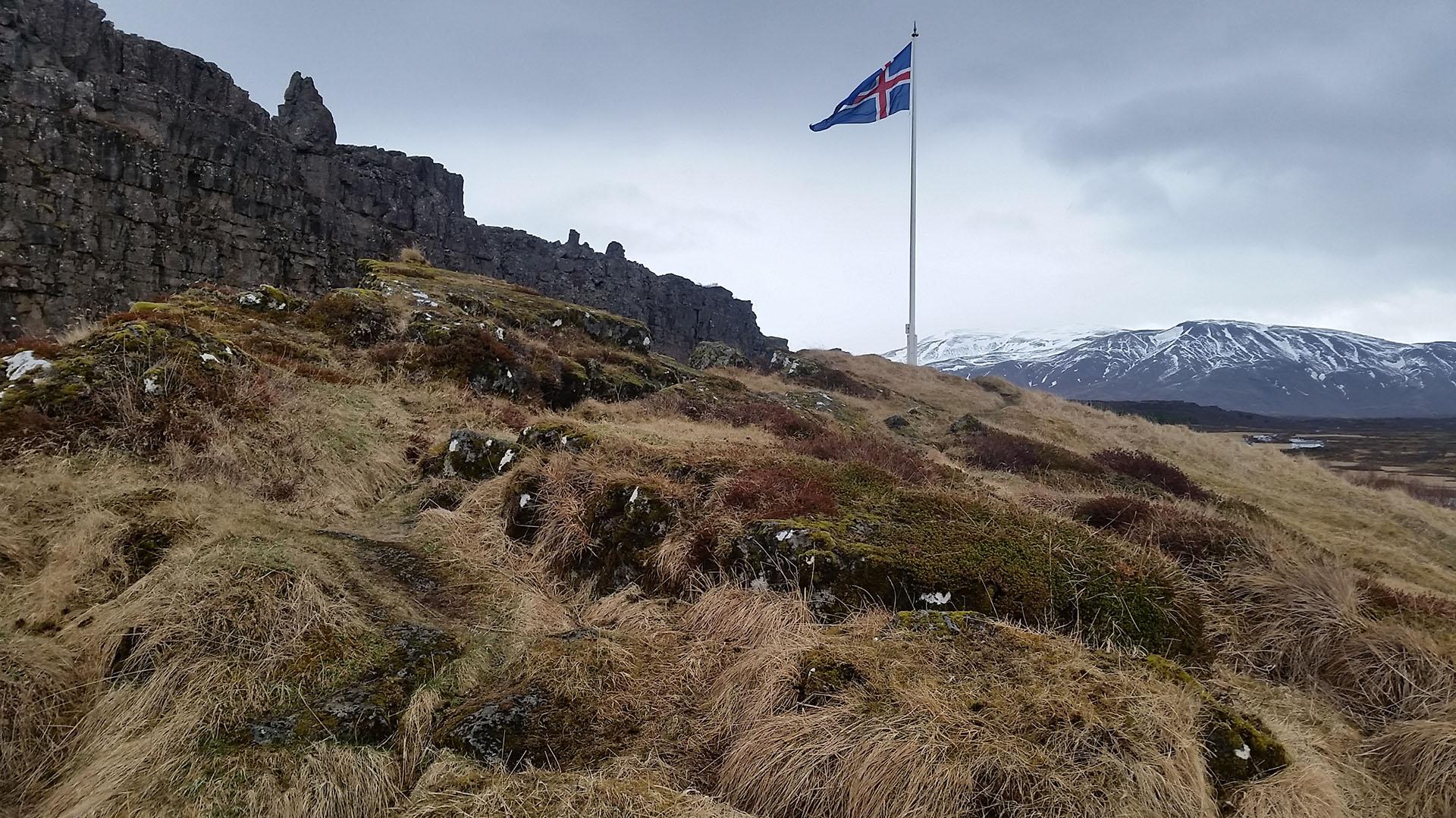 Thingvellir, área histórica donde se reunió el primer parlamento islandés en el año 930