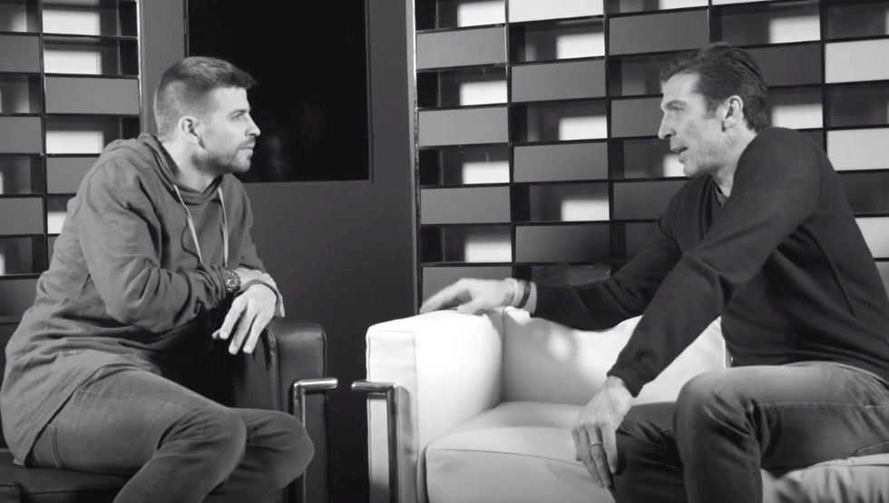Gianluigi Buffon dio una entrevista a Gerard Piqué para The Players Tribune