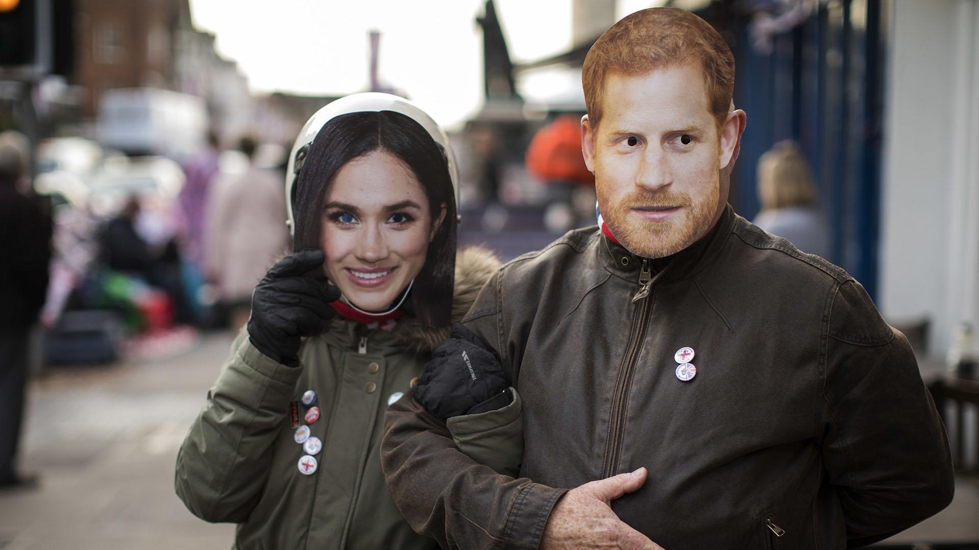 Los rostros de los novios están dispuestos por Windsor