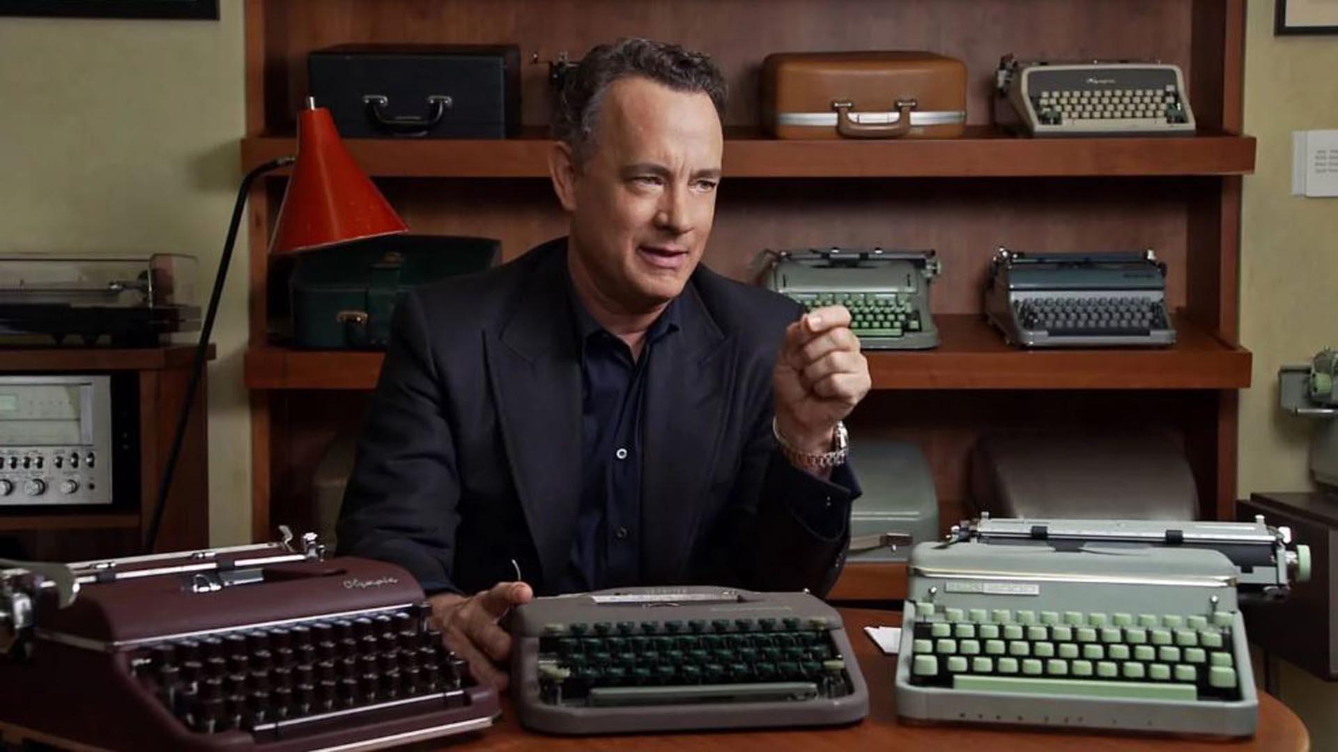 Tom Hanks, coleccionista de máquinas de escribir y ahora autor