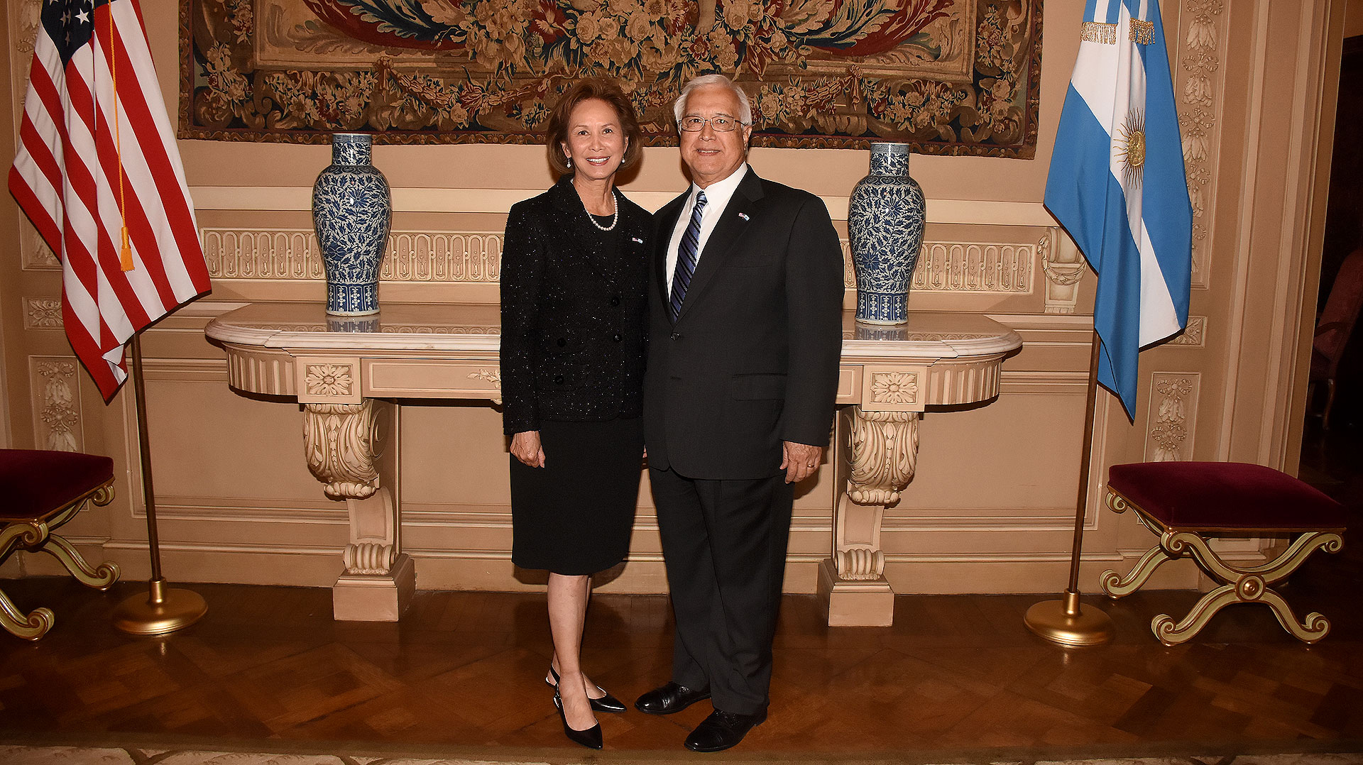 El embajador Edward Prado y su mujer María