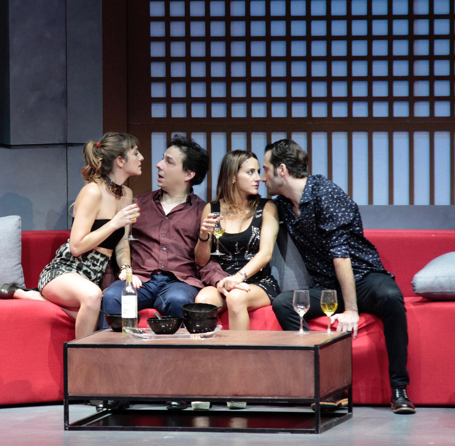 Eleonora Wexler, Fernán Mirás, Luciano Cáceres y Julieta Zylberbberg sobre el escenario (C.Oppizzi)