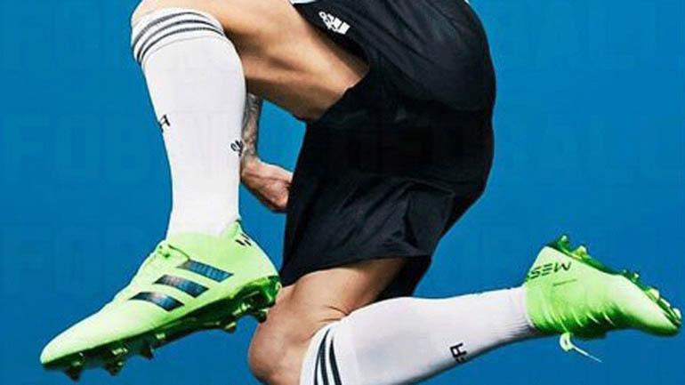 Una de las imágenes que se filtraron de los botines que usará Lionel Messi en la Copa del Mundo 2018 que se desarrollará en Rusia