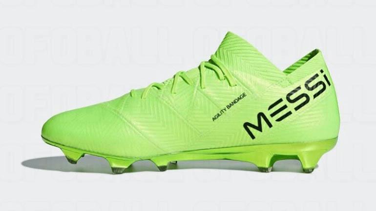 El logo y el apellido de Lionel Messi, siempre presentes en los distintos modelos de botines del capitán de la Selección argentina