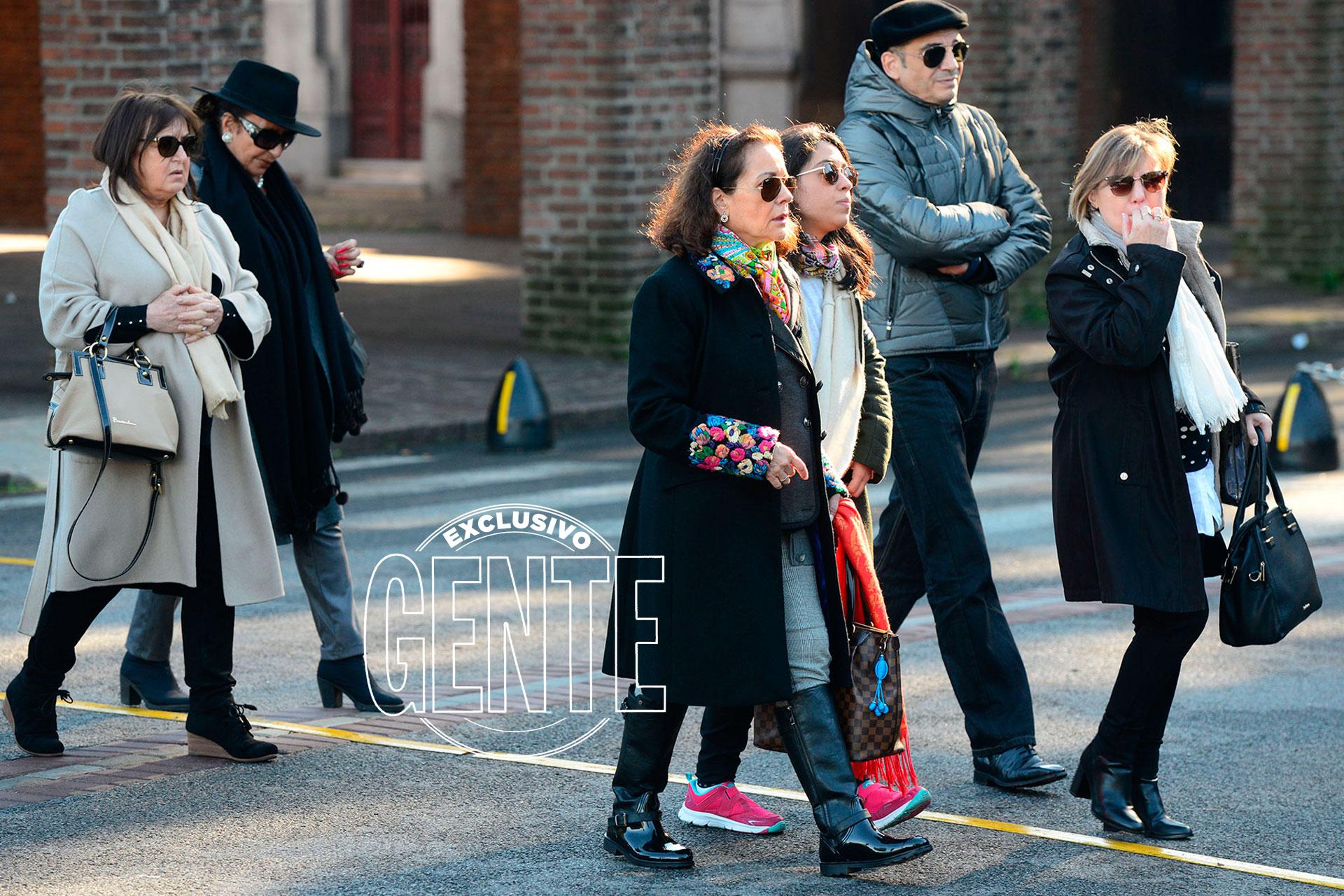 El modisto dio sus primeros pasos en el mundo de la moda hace cuatro décadas en la ciudad de Mar del Plata, y consiguió consagrarse como uno de los favoritos de las estrellas
