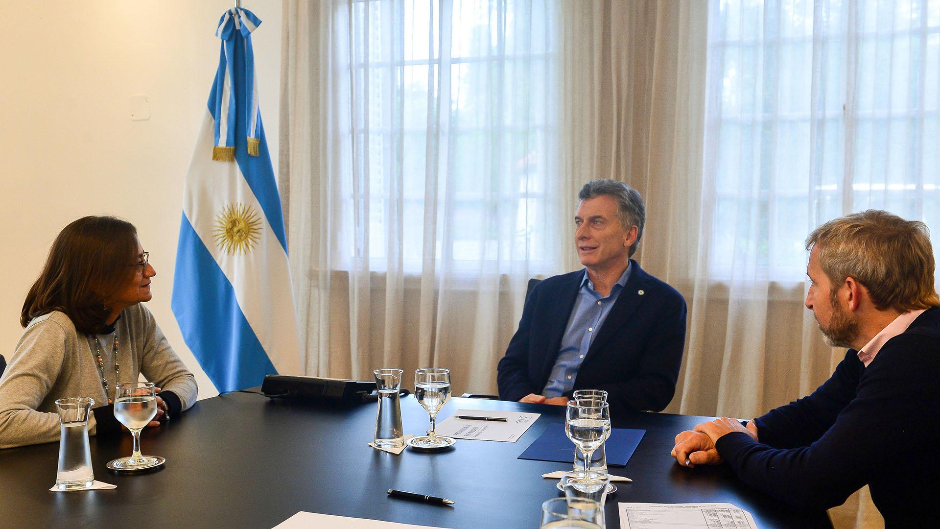 Macri y Frigerio con la gobernadora de Catamarca, Lucía Corpacci