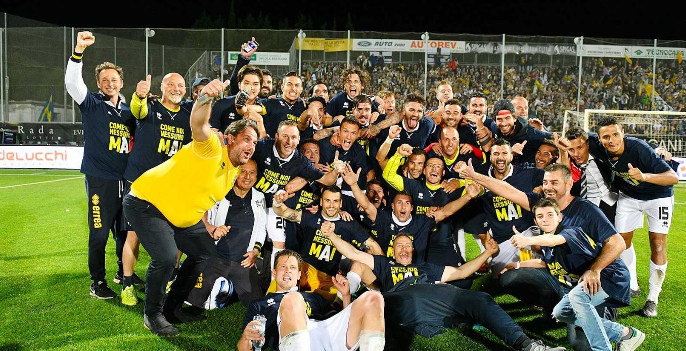 El Parma regresa a la Seria A a tres años de ser declarado en bancarrota (@ParmaFC)