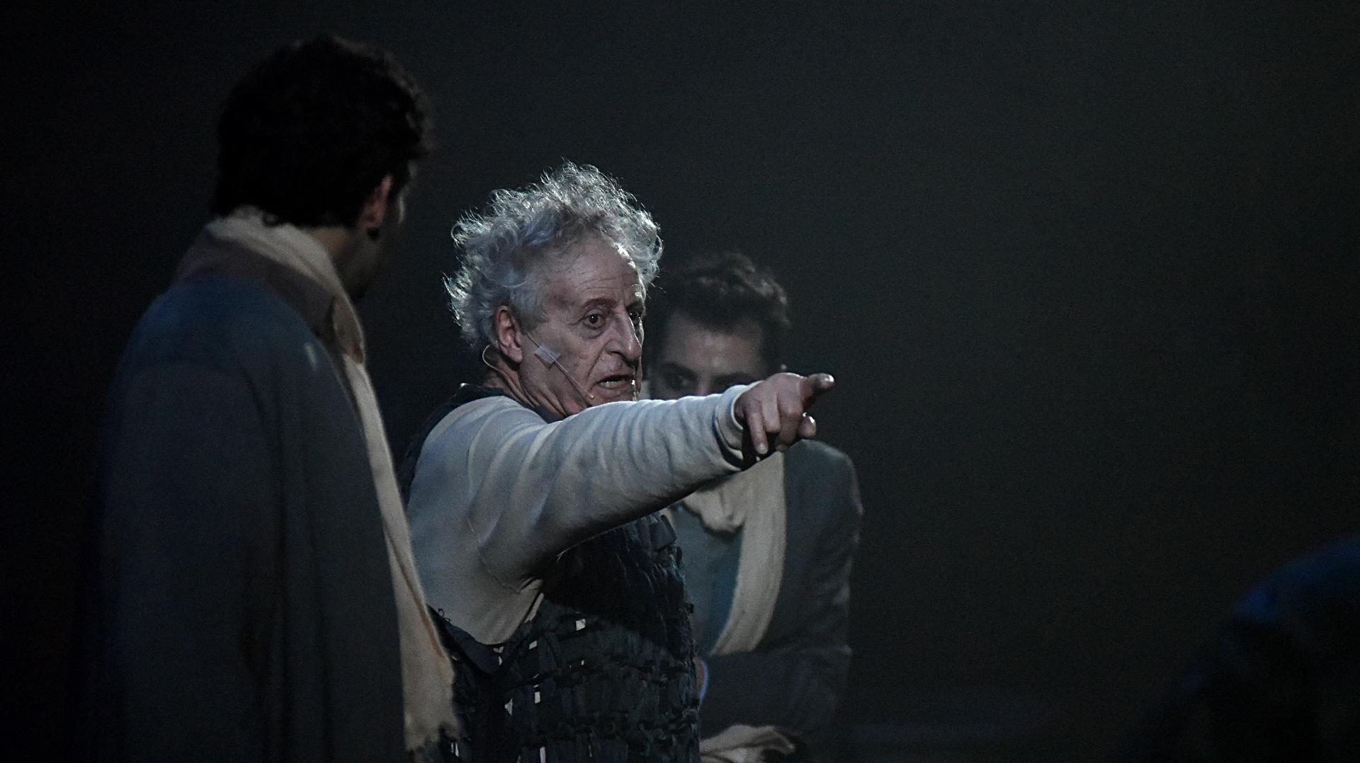 """En """"El Casamiento"""", Carnaghi interpreta uno de los papeles principales"""