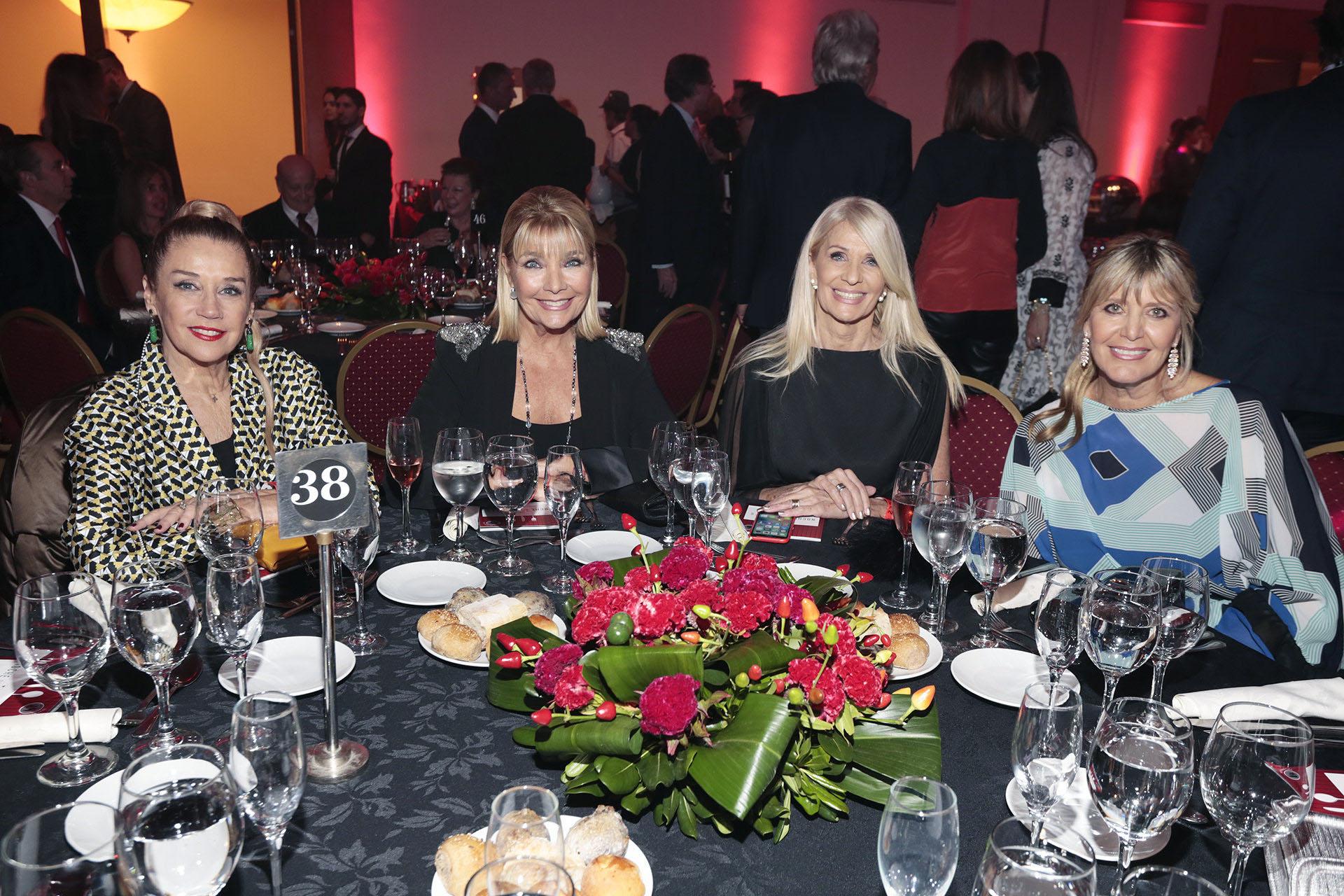 Marcela Tinayre, Adriana Costantini, Evelyn Scheidl y Marcela Gotlib