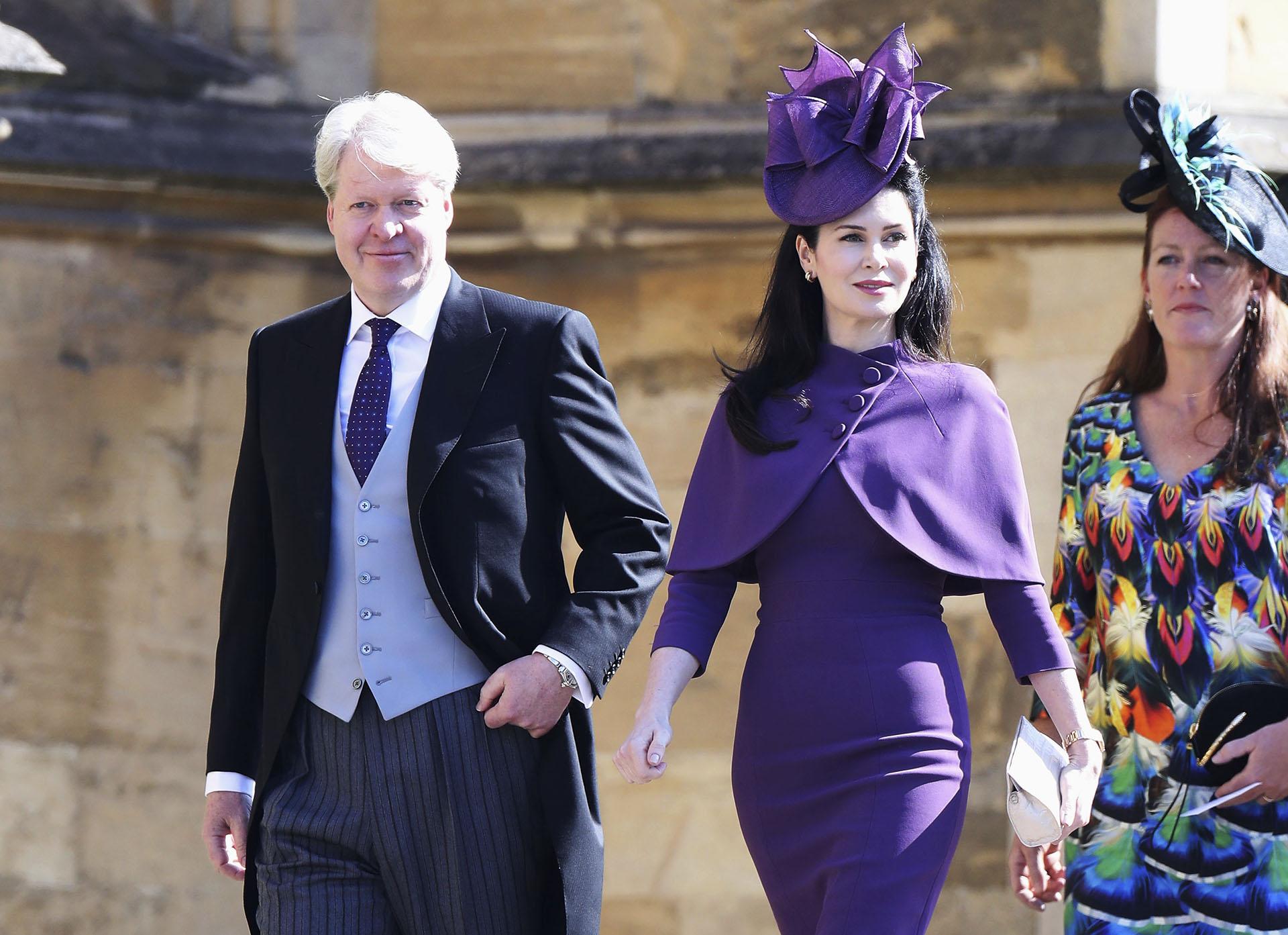 El hemano de Lady Di, Charles Spencer, junto a su esposa