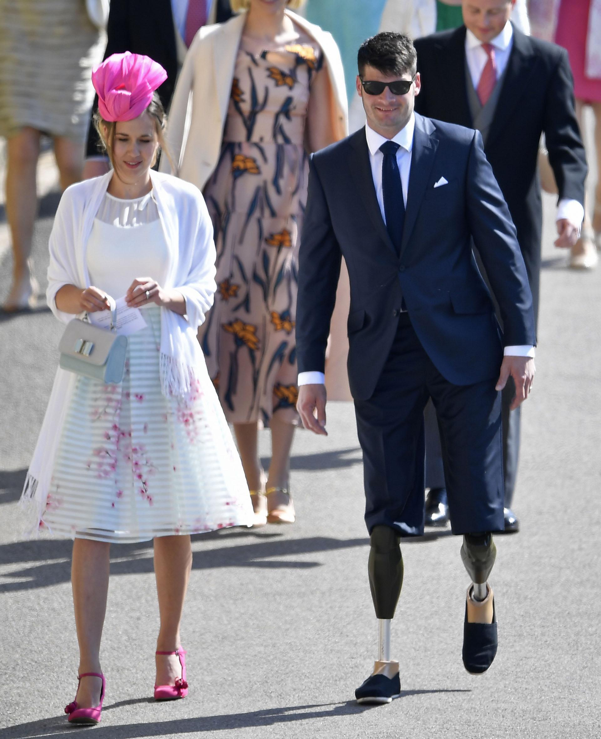 Dave Henson, atleta paraolímpico británico, y su novia (AP)
