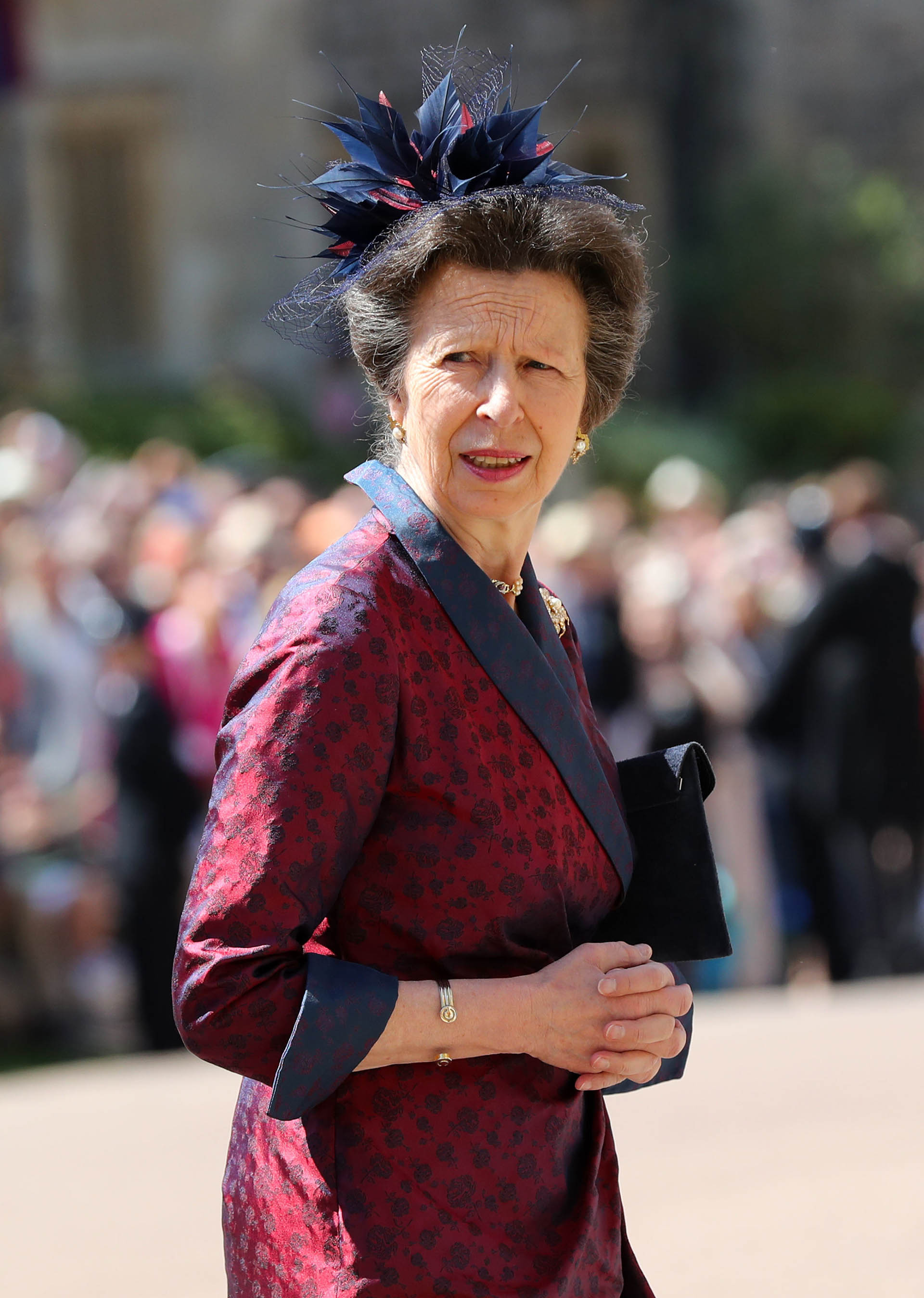 La princesaAna en tonos bordeax(AFP)